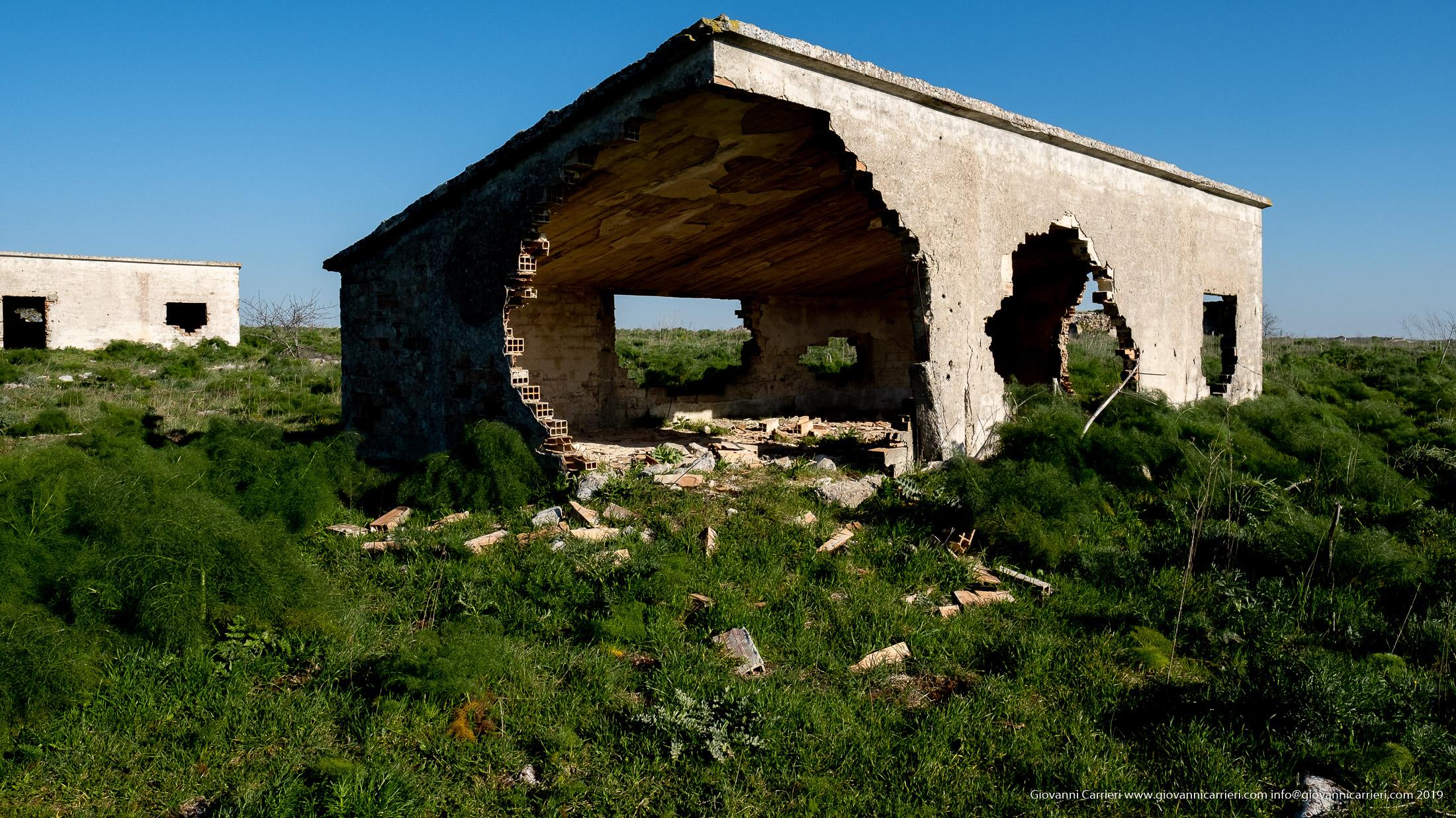 Casa semi crollata