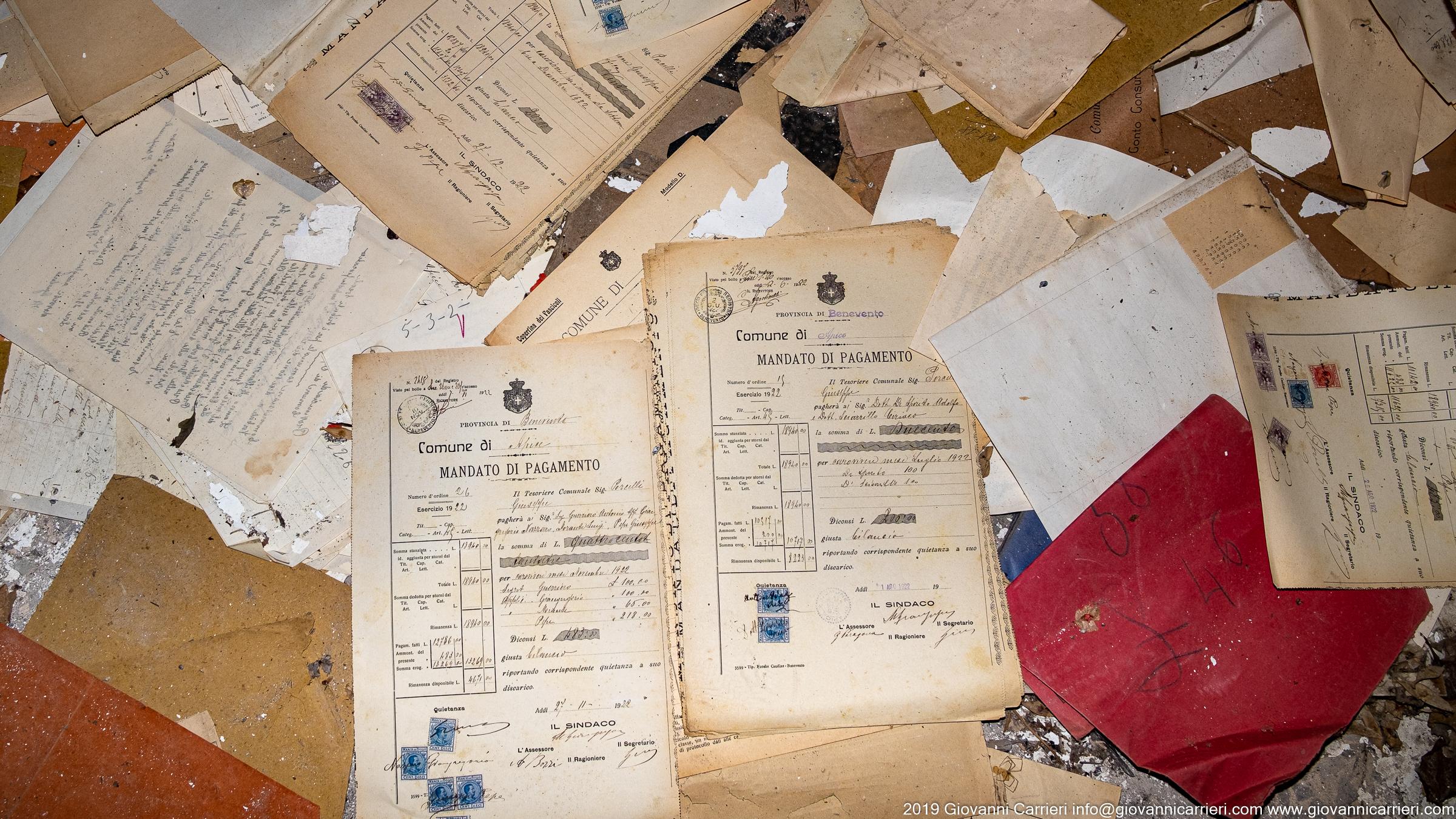 Documenti abbandonati