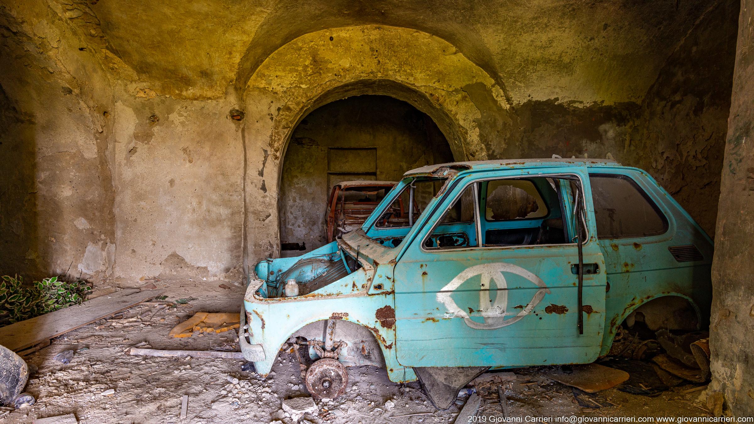 Un garage abbandonato