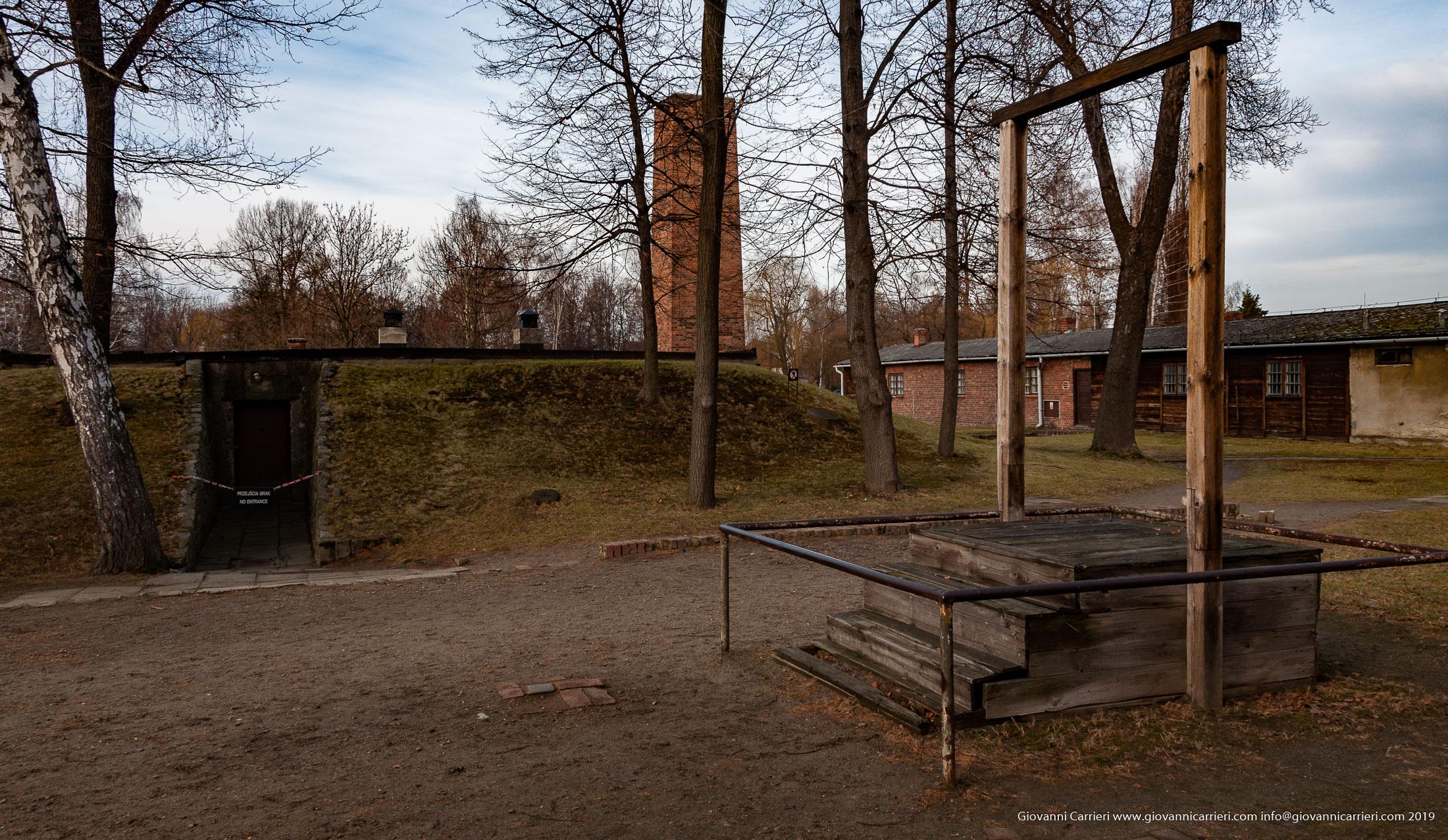 Patibolo e crematorio - Auschwitz