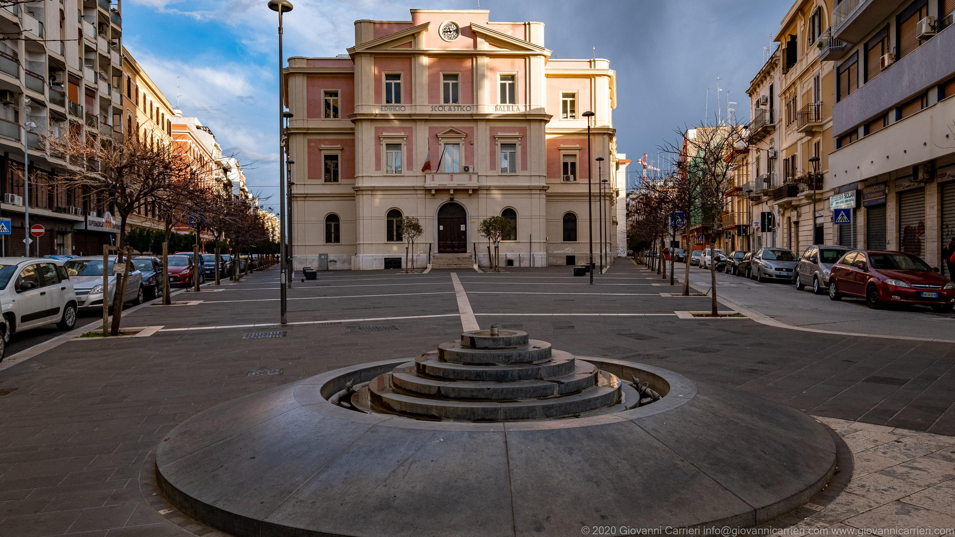 Piazza Carabellese, Bari