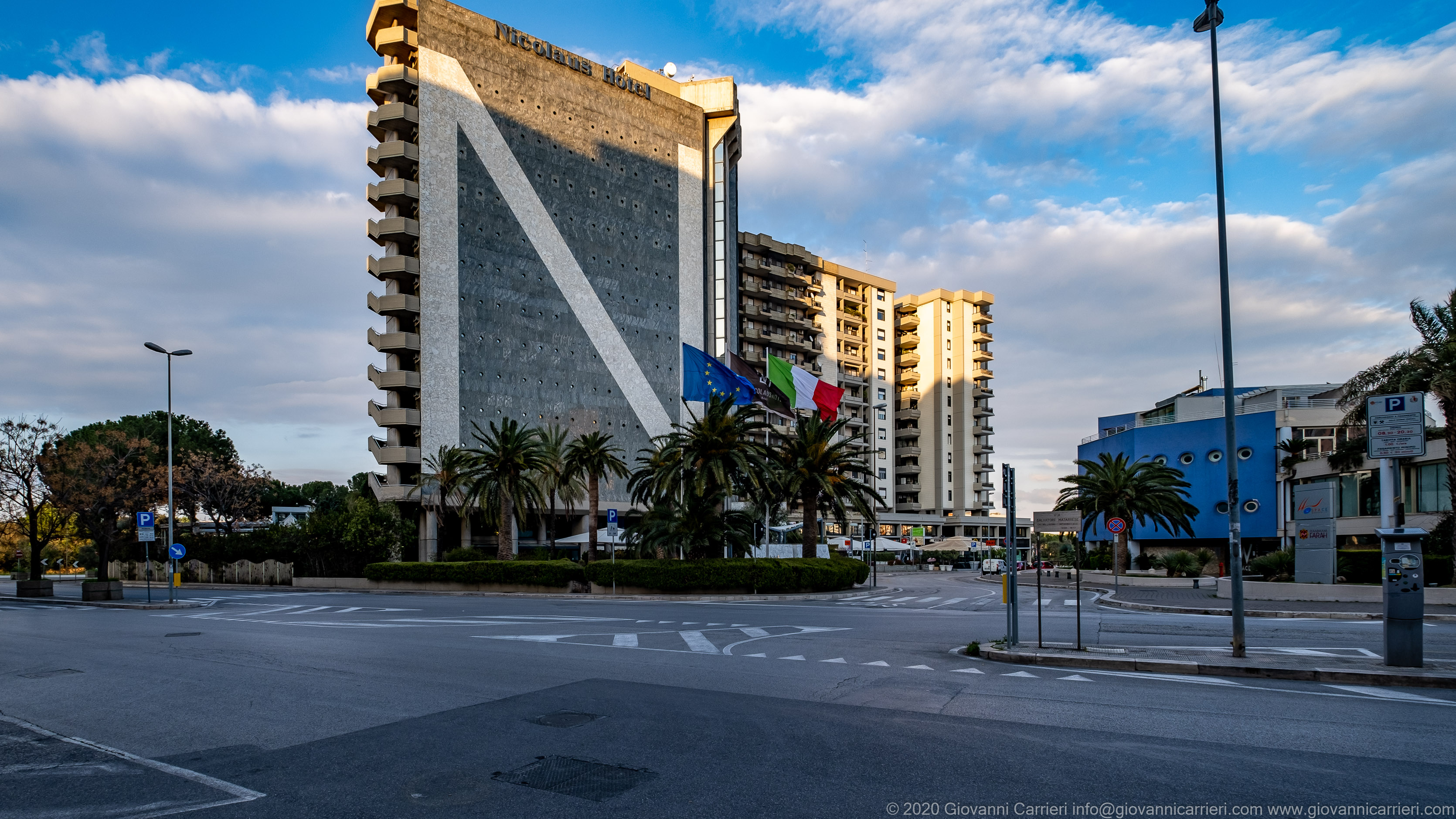 Hotel Sheraton, Bari An unlikely image in normal times, Via Cardinale Agostino Ciasca and Via Salvatore Matarrese have never been so desolate and empty...
