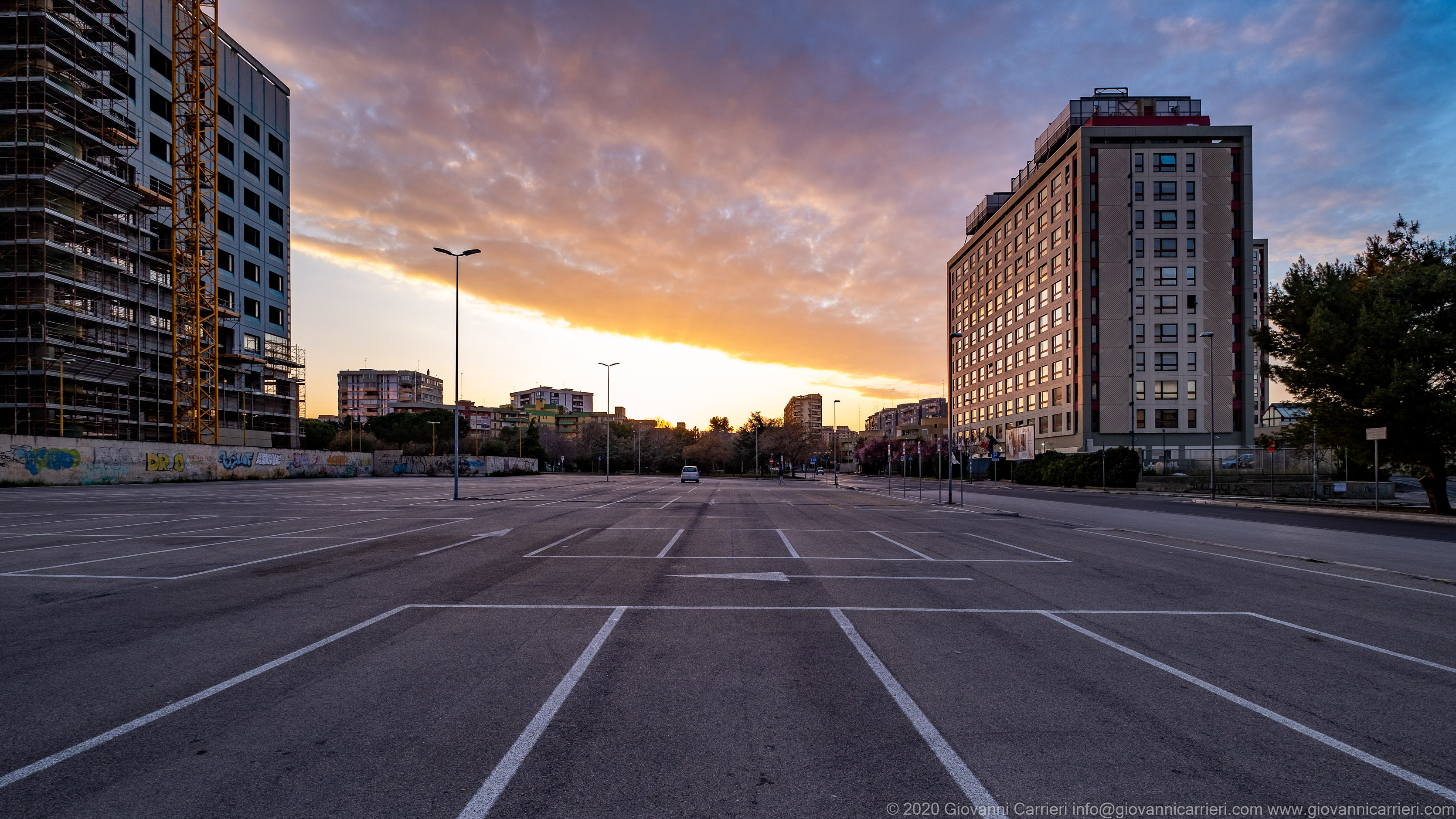 Saverio Diogardi Avenue, Bari The Criminal Court Building and the parking lot in front of it.