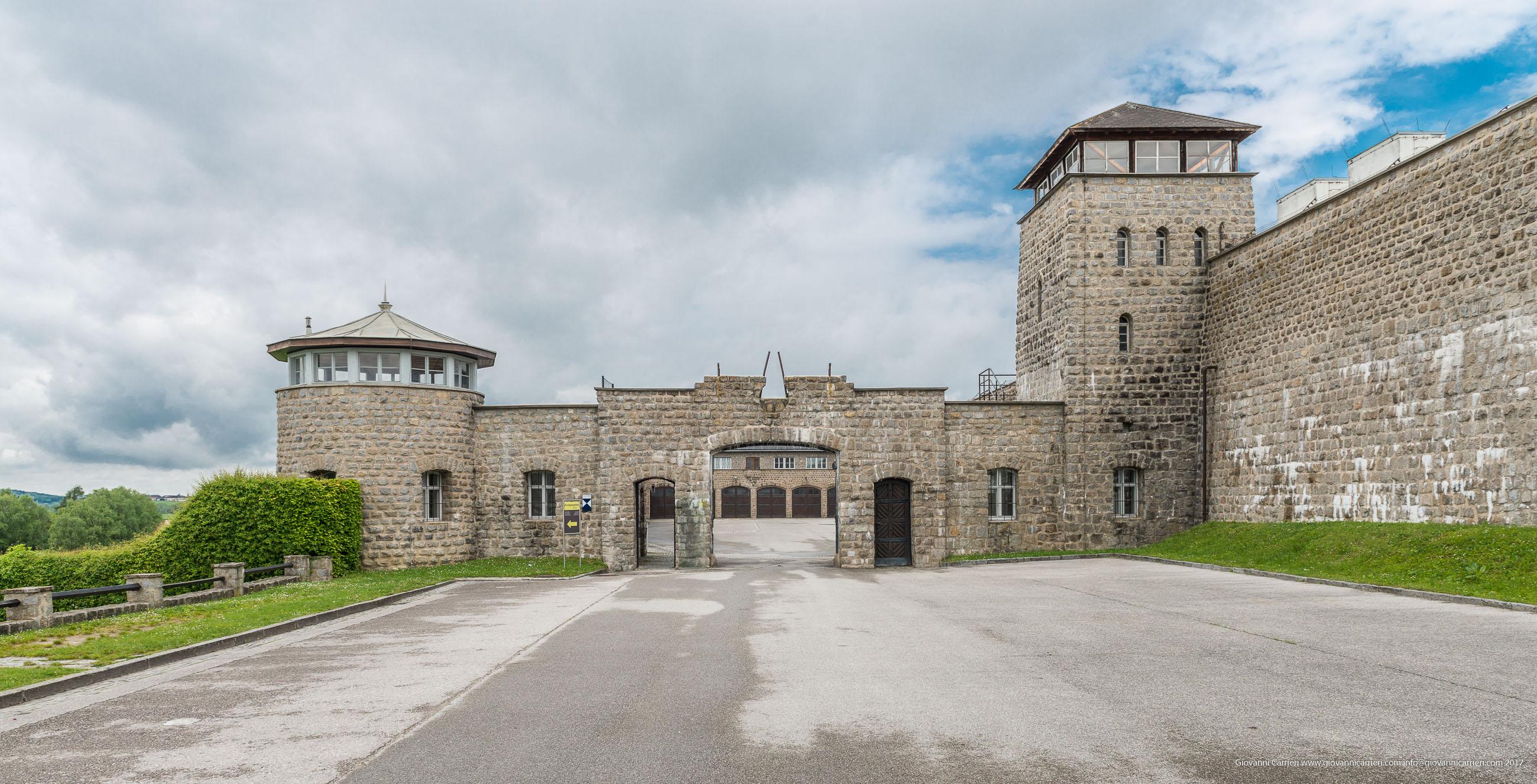 Le torri di guardia del campo di concentramento di Mauthausen