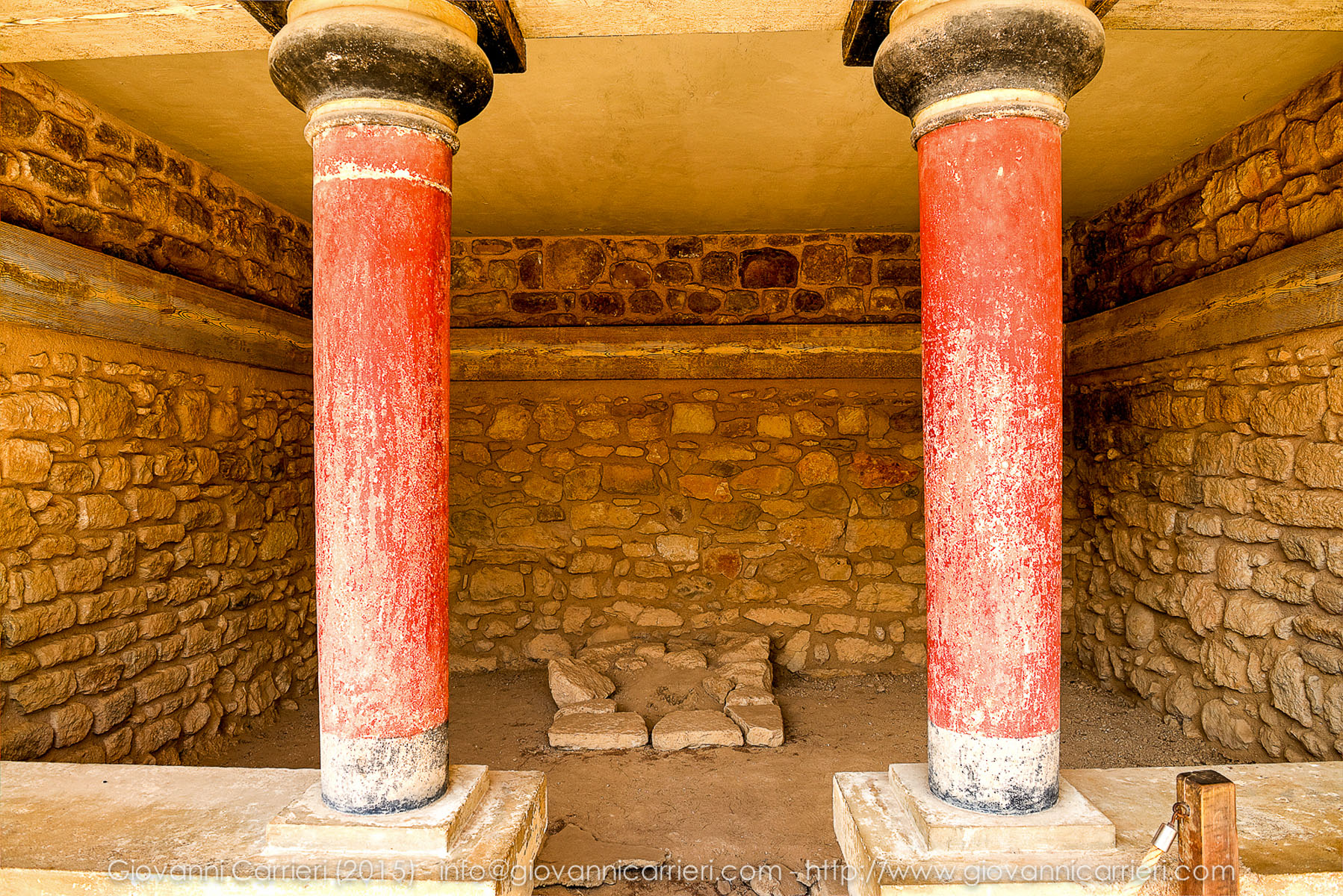 Minoan columns in Knossos Palace