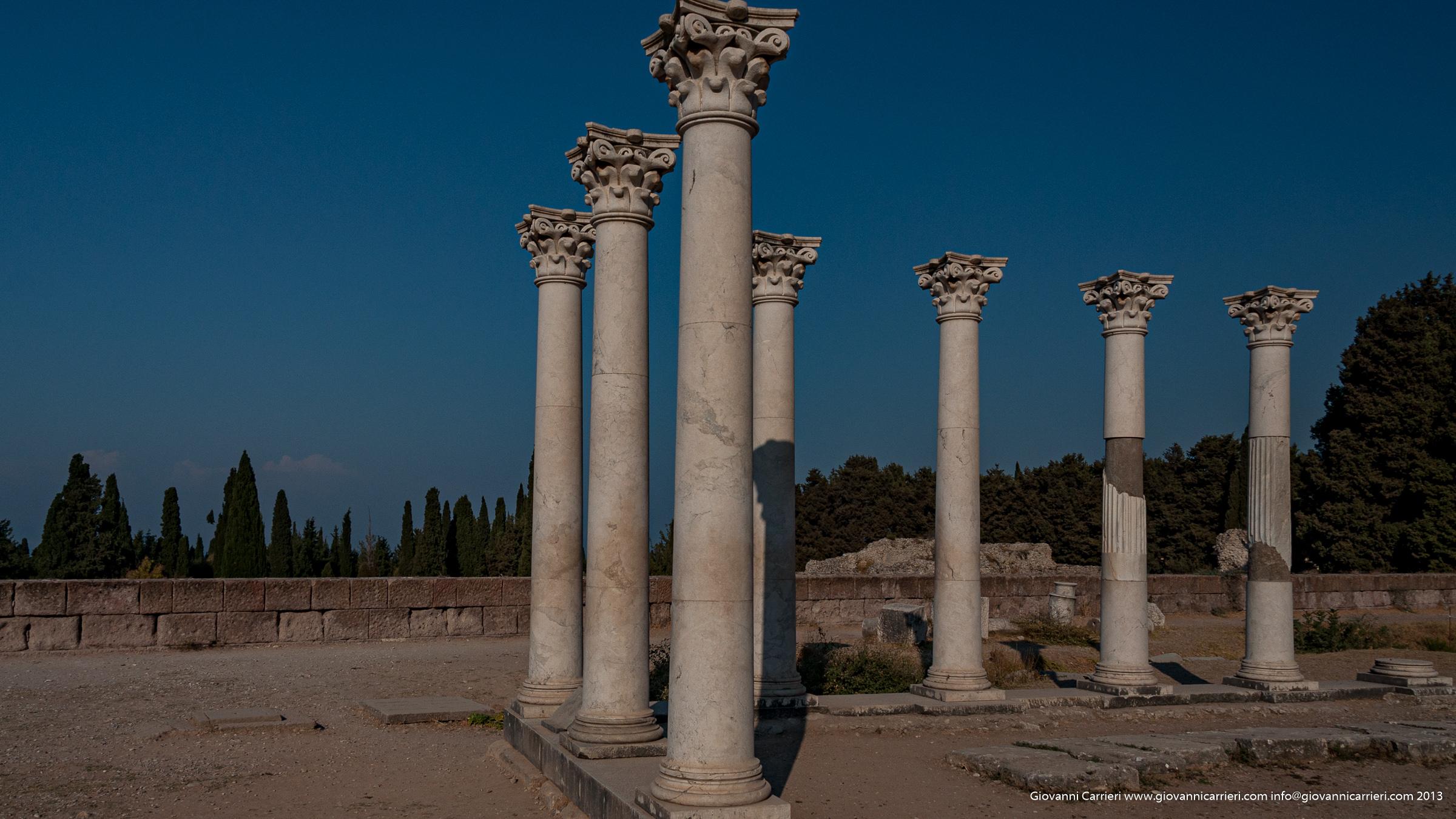 Capitelli e colonne di Asklepeion