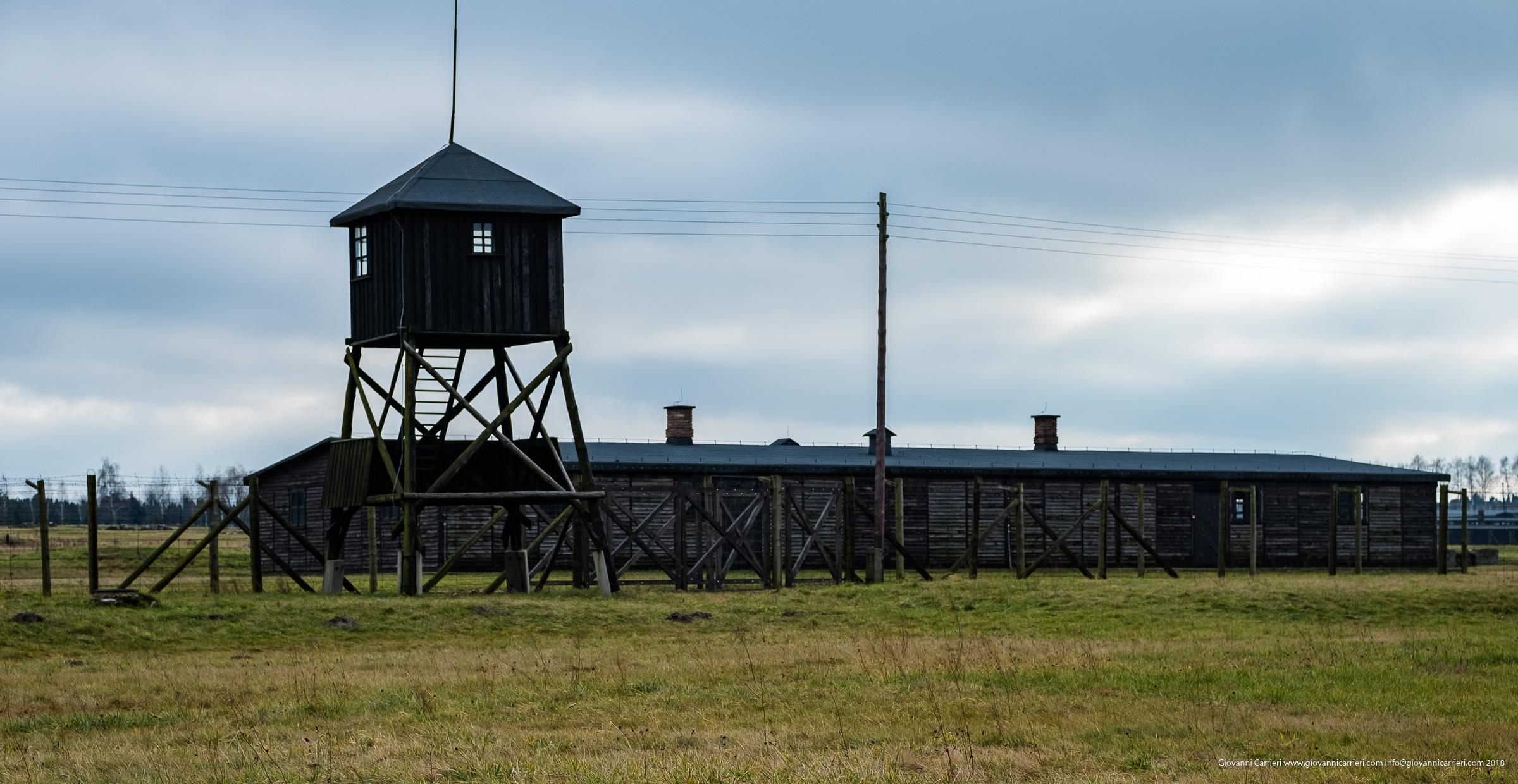 Baracca e torre di guardia di Majdanek