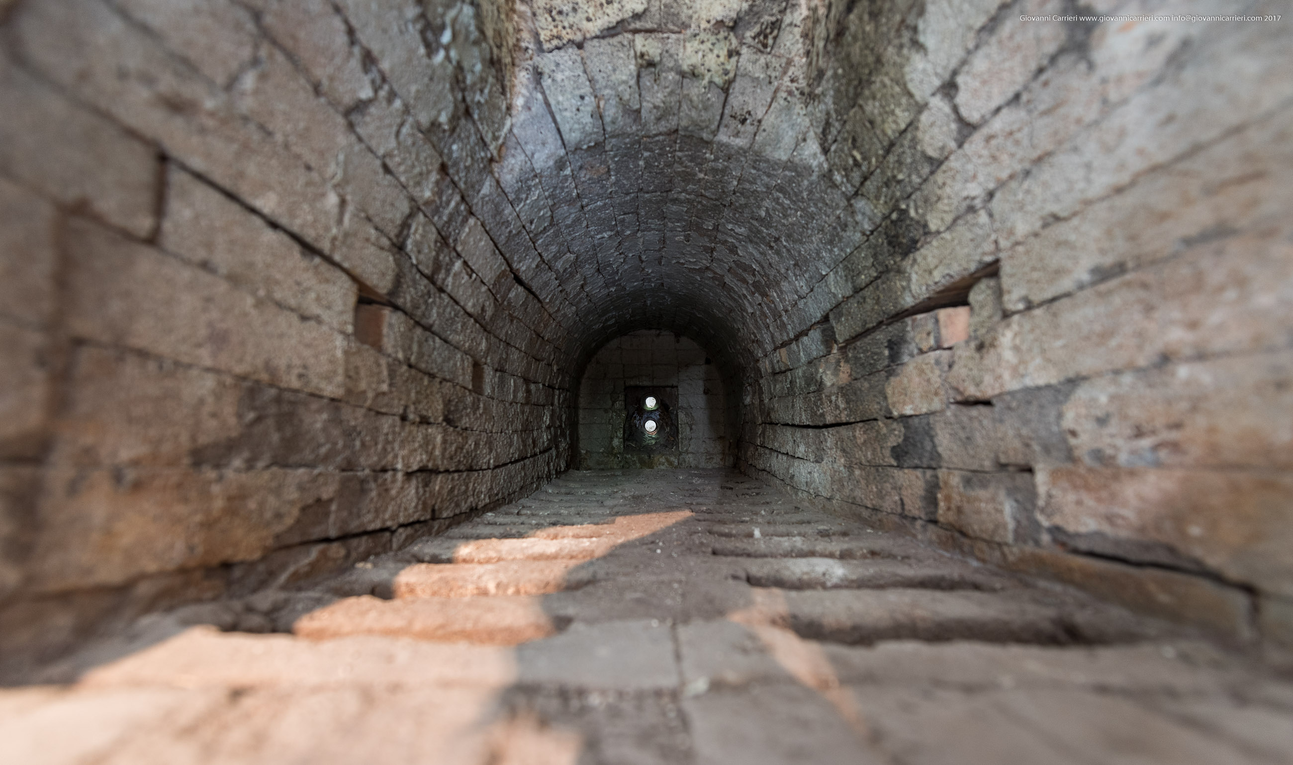 Vista interna del forno del crematorio. Mittelbau-Dora