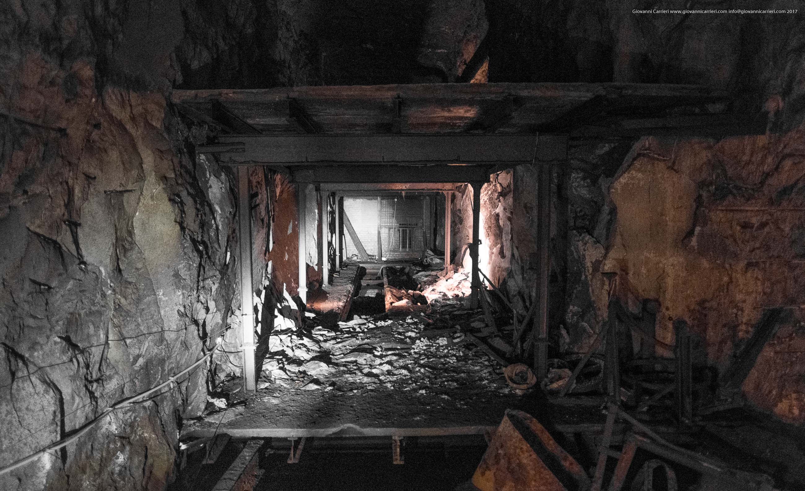 Vista interna dei ruderi della fabbrica, Mittelbau-Dora