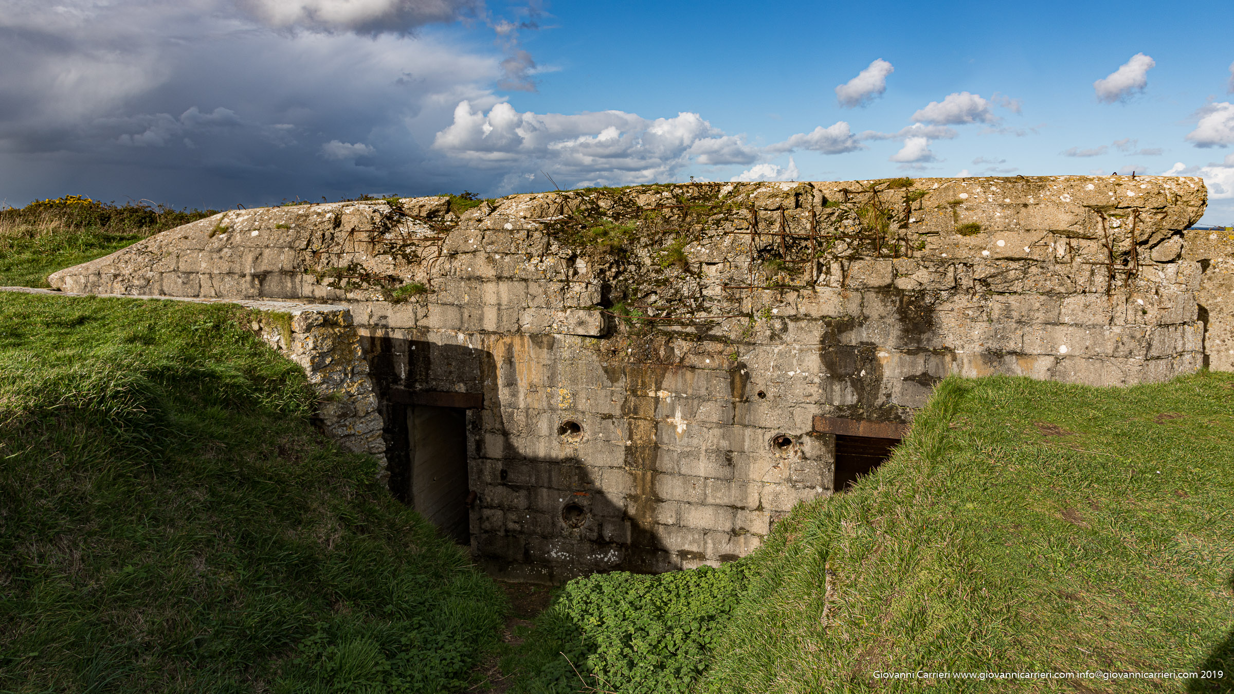 Point du Hoc: holes produced naval artillery in the ground