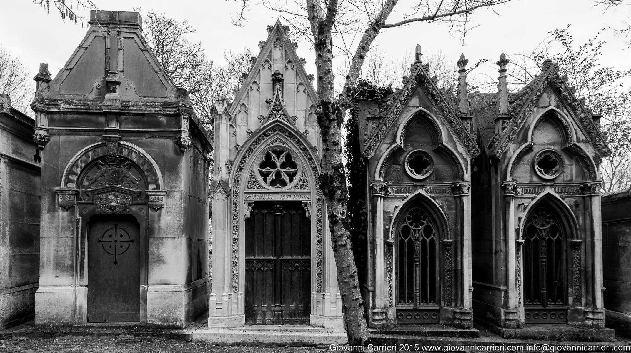 Cripte gotiche nel Père-Lachaise