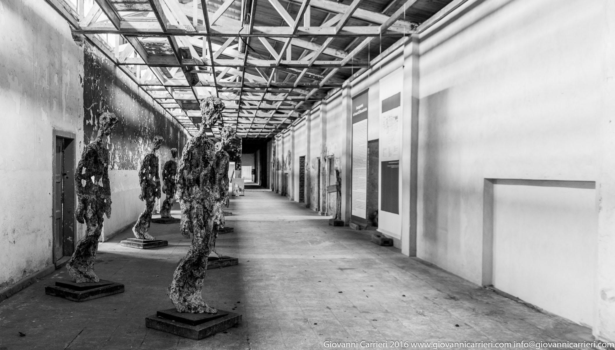 Il monumento alle detenute operanti nella TexLed
