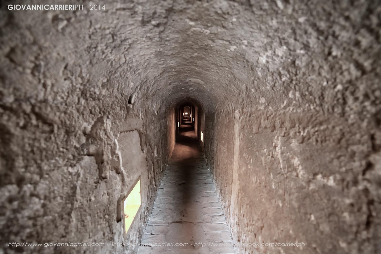 Il tunnel che portava al patibolo dai blocchi A e B - Theresienstadt