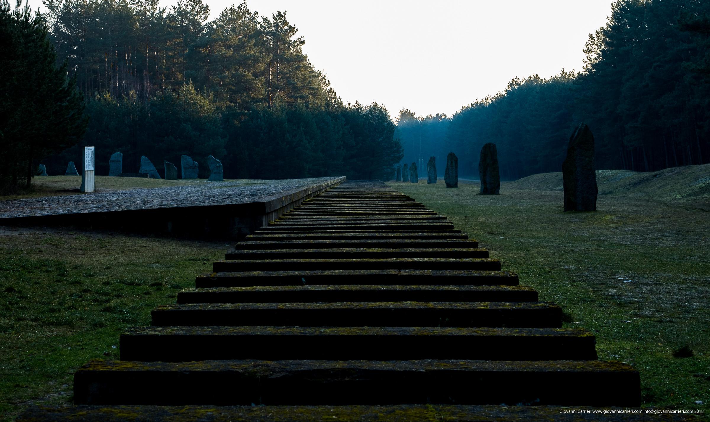 La rampa dei treni di Treblinka
