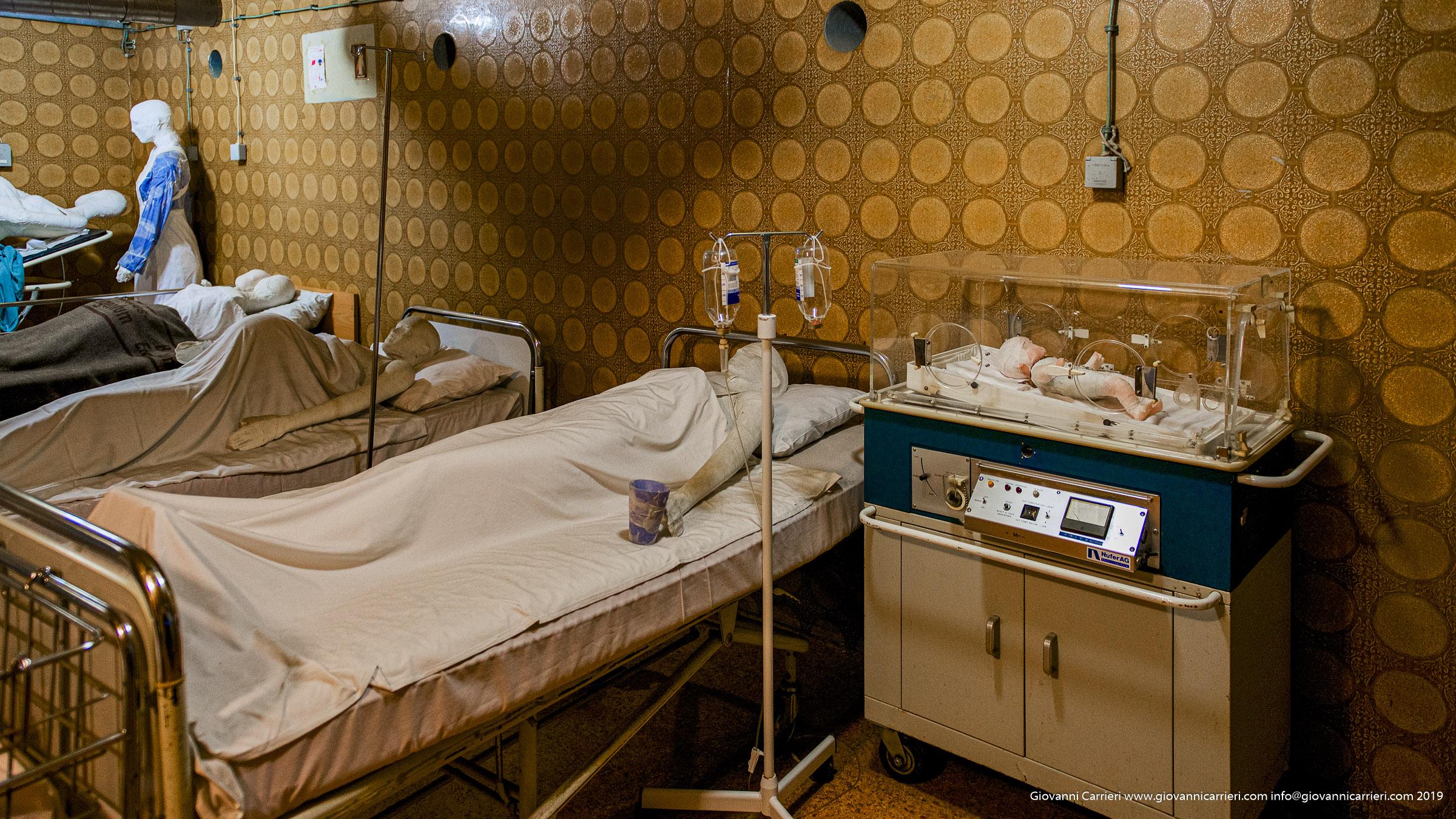 L'incubatrice nell'ospedale di Vukovar usata durante i giorni dell'assedio