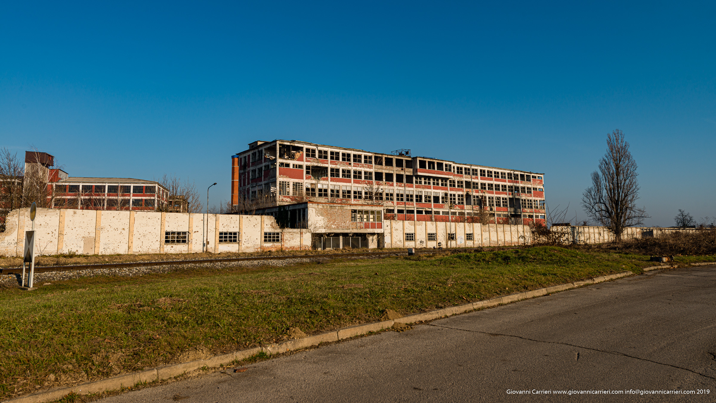 Complesso industriale distrutto dal conflitto - Vukovar