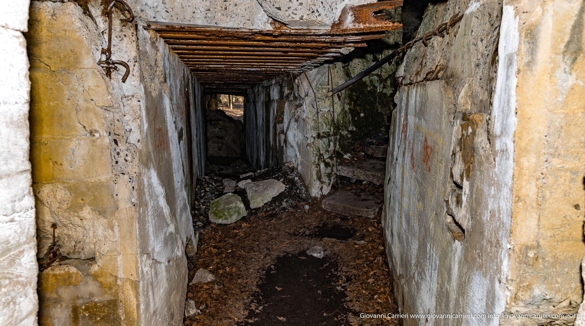 Camminando nei bunker distrutti