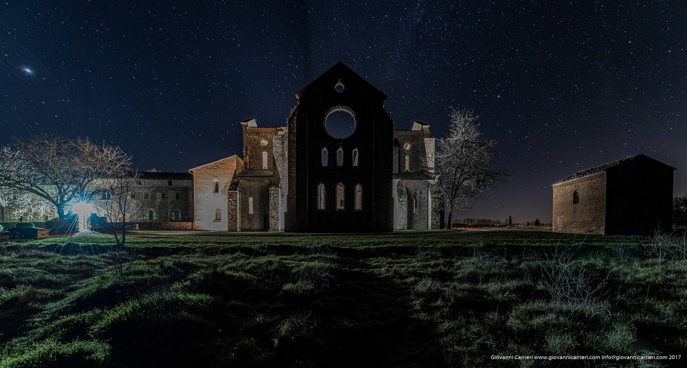 Night view of San Galgano abbey