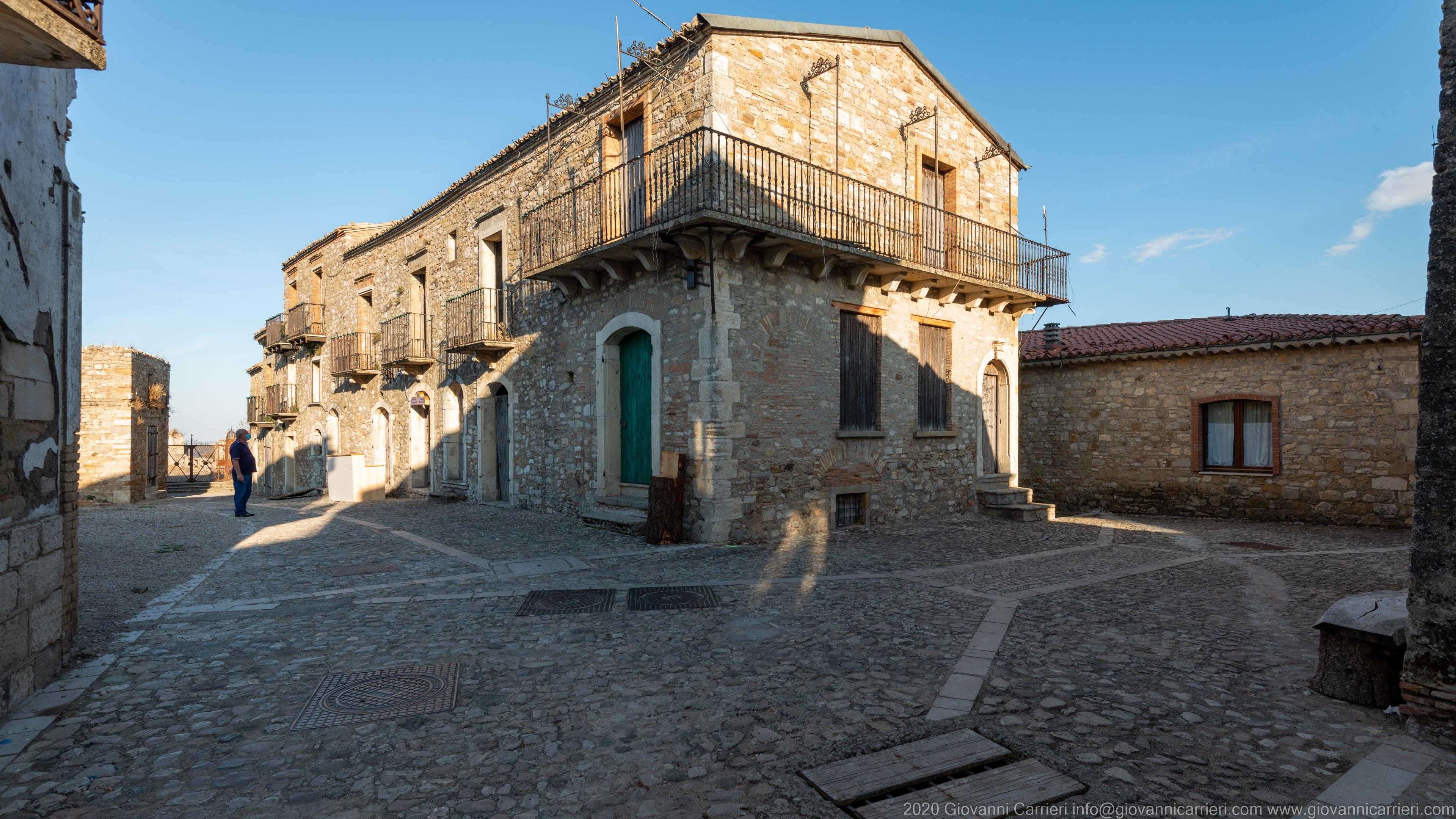 Via Ranuccio Zanella