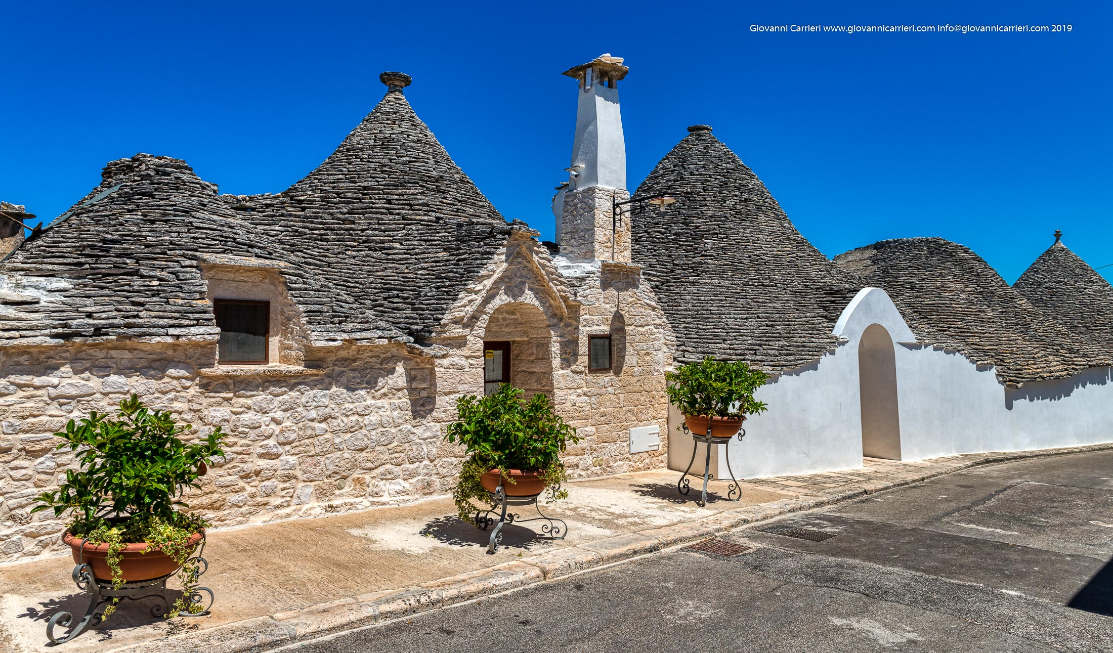 Alberobello and the trulli of the little Aia district