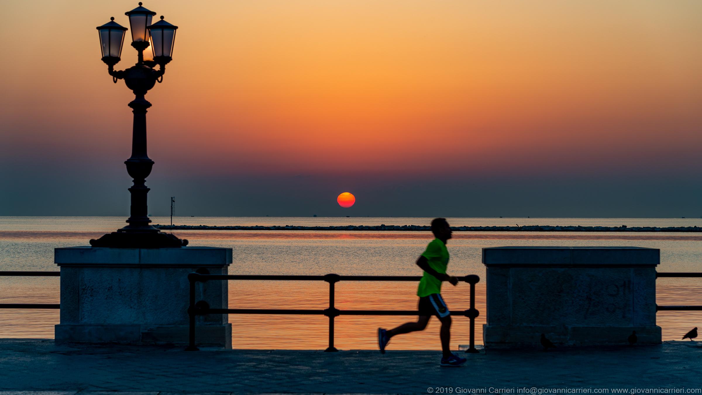 Il lungomare di Bari ed i suoi runner