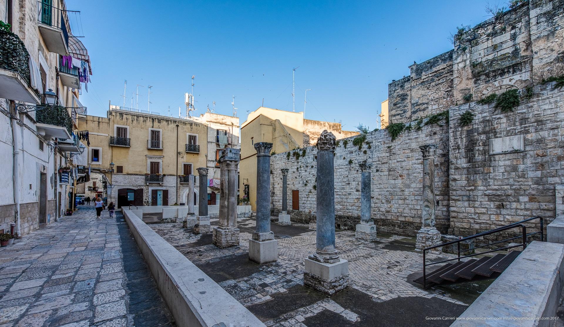 Strada Santa Scolastica a Bari vecchia
