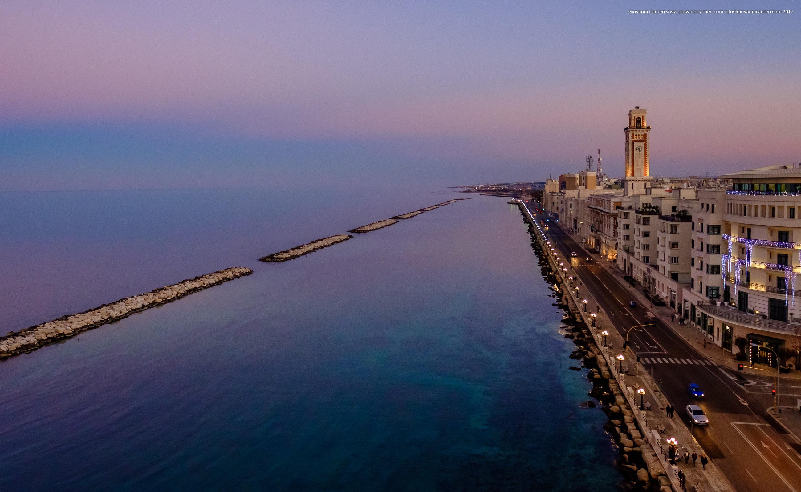 Vista aerea del lungomare Nazario Sauro in Bari