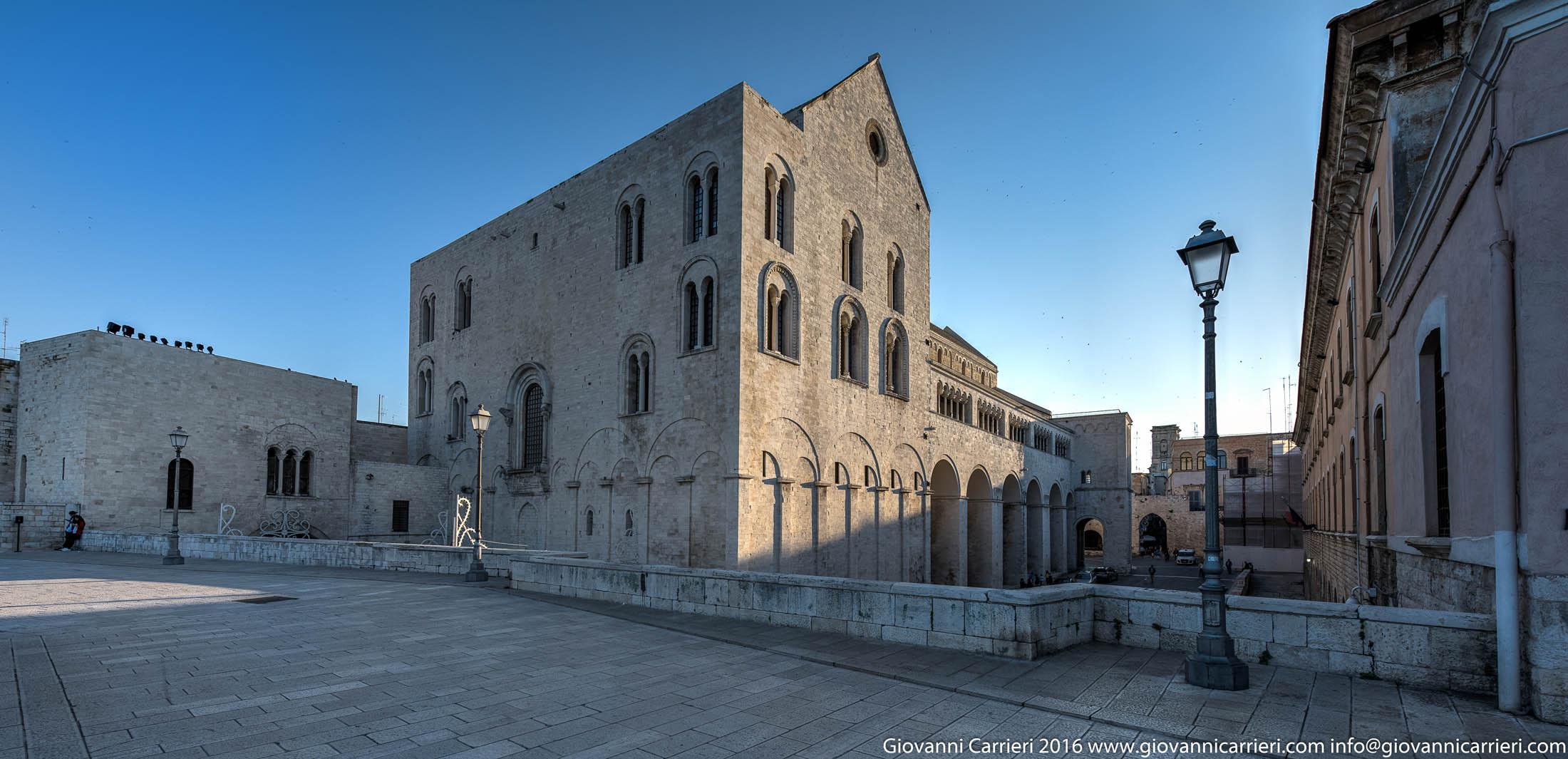 La Basilica di San Nicola vista dalla Muraglia
