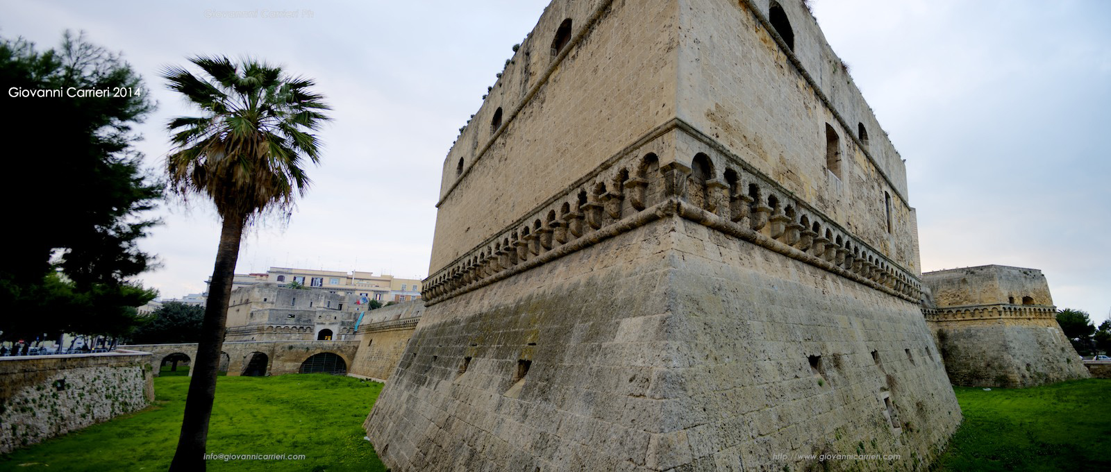 Dettaglio del castello Nomanno-Svevo, Bari
