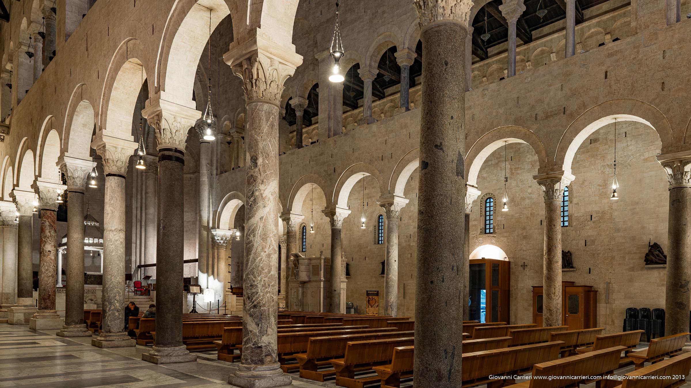 Vista interna della cattedrale San Sabino - Bari vecchia