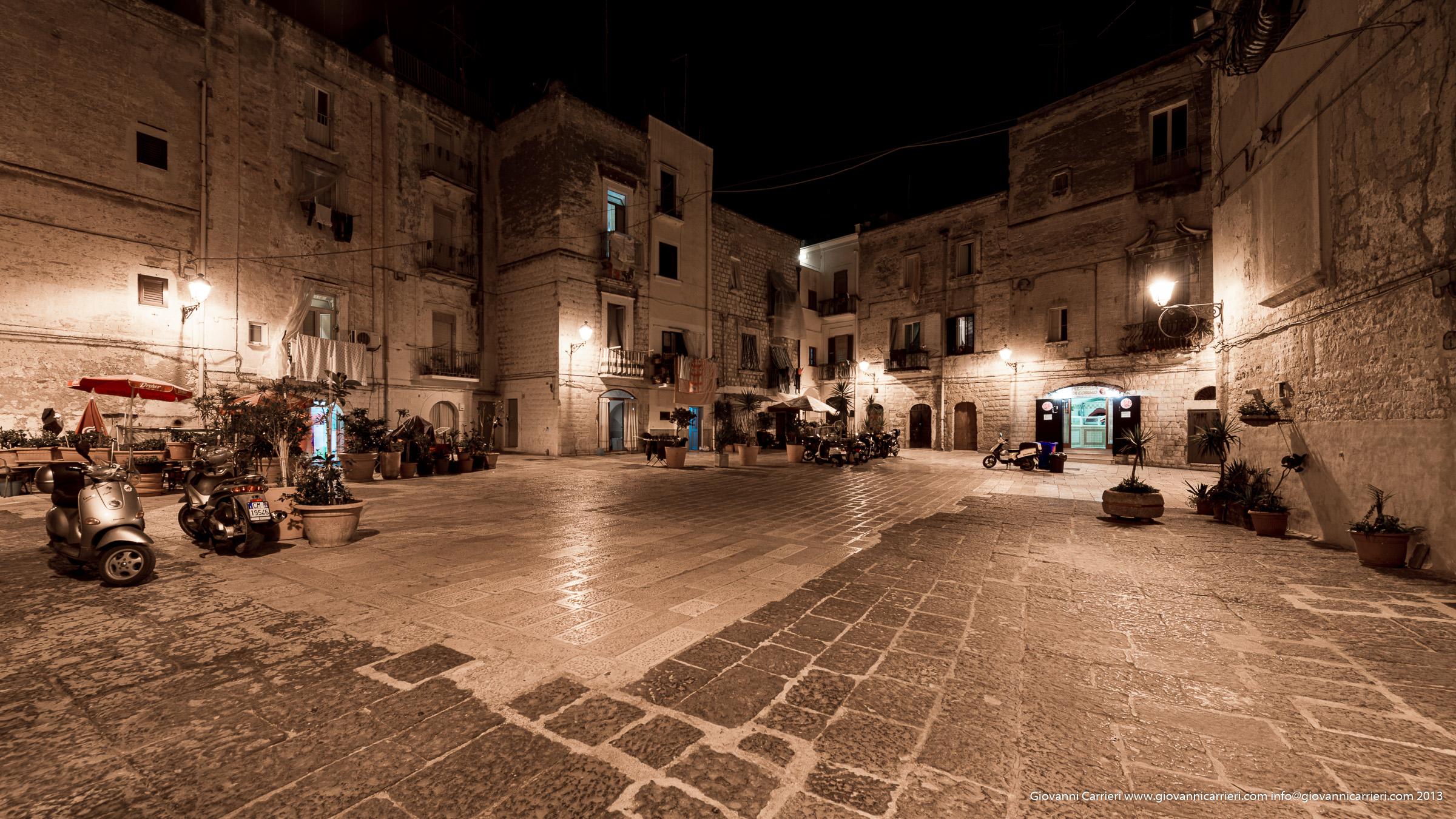 Largo Albicocca - Bari vecchia