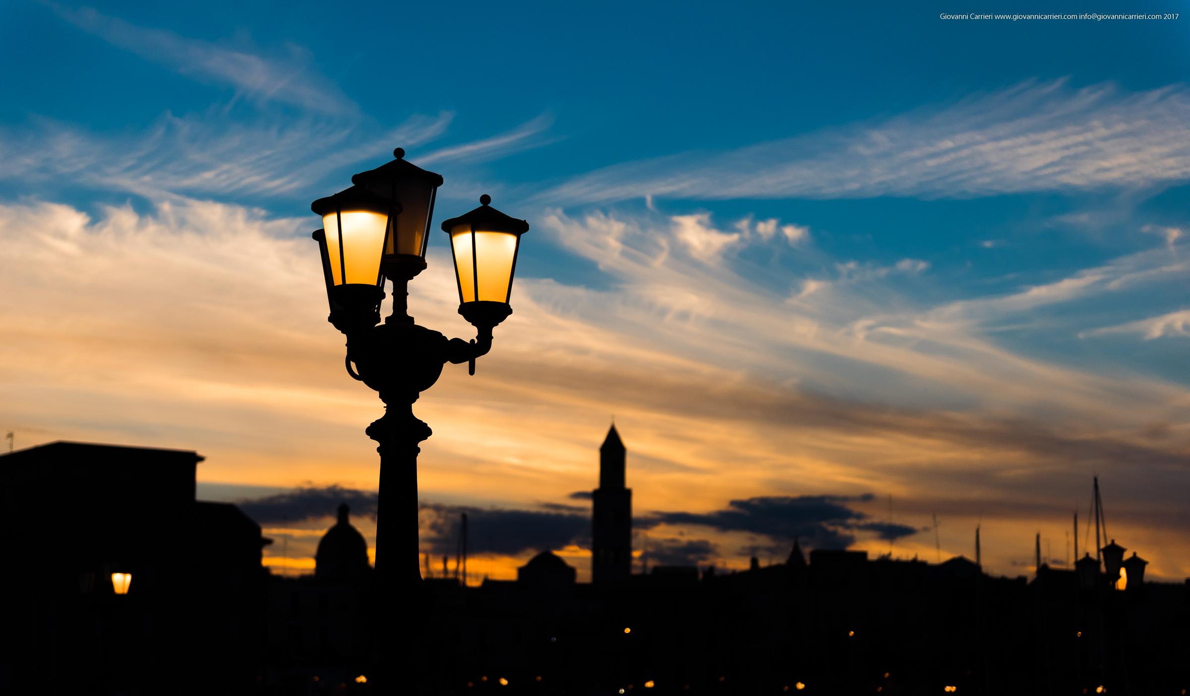 La skyline di Bari vista dal lungomare