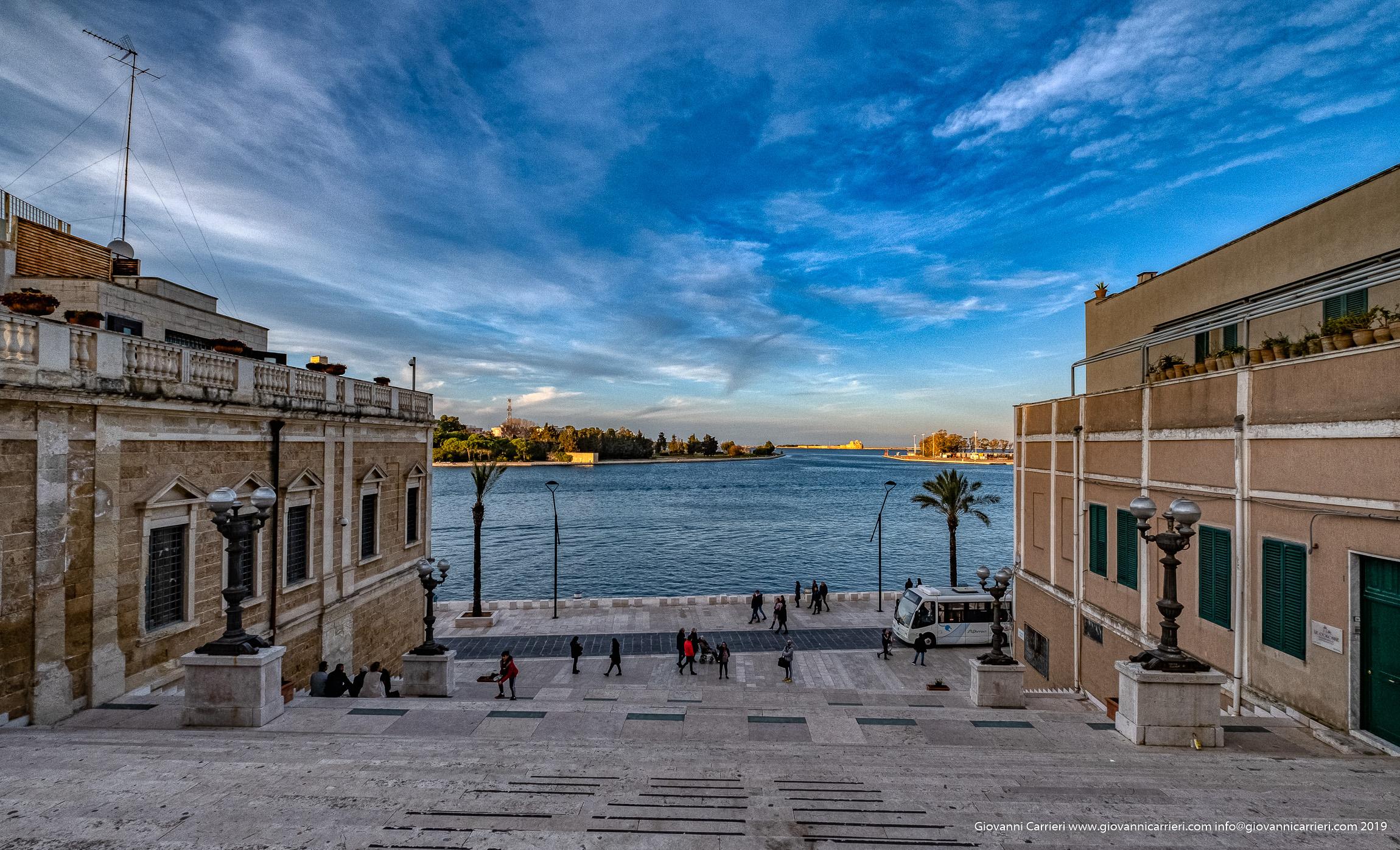 Il panorama del porto di Brindisi