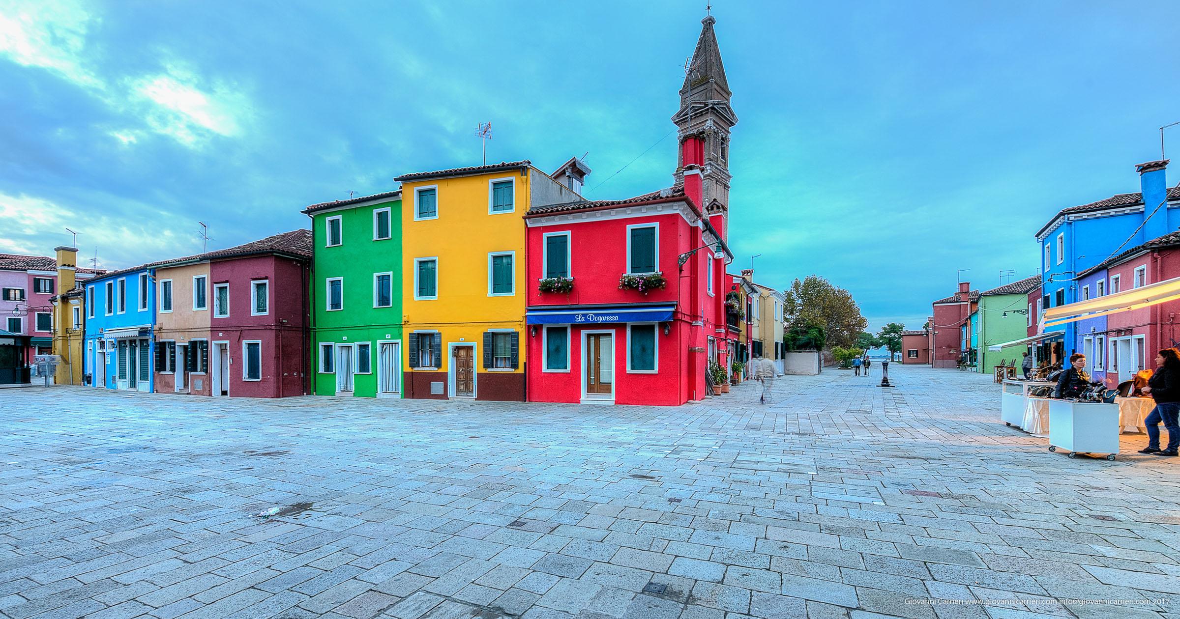 """Il campanile """"storto"""" di Burano"""