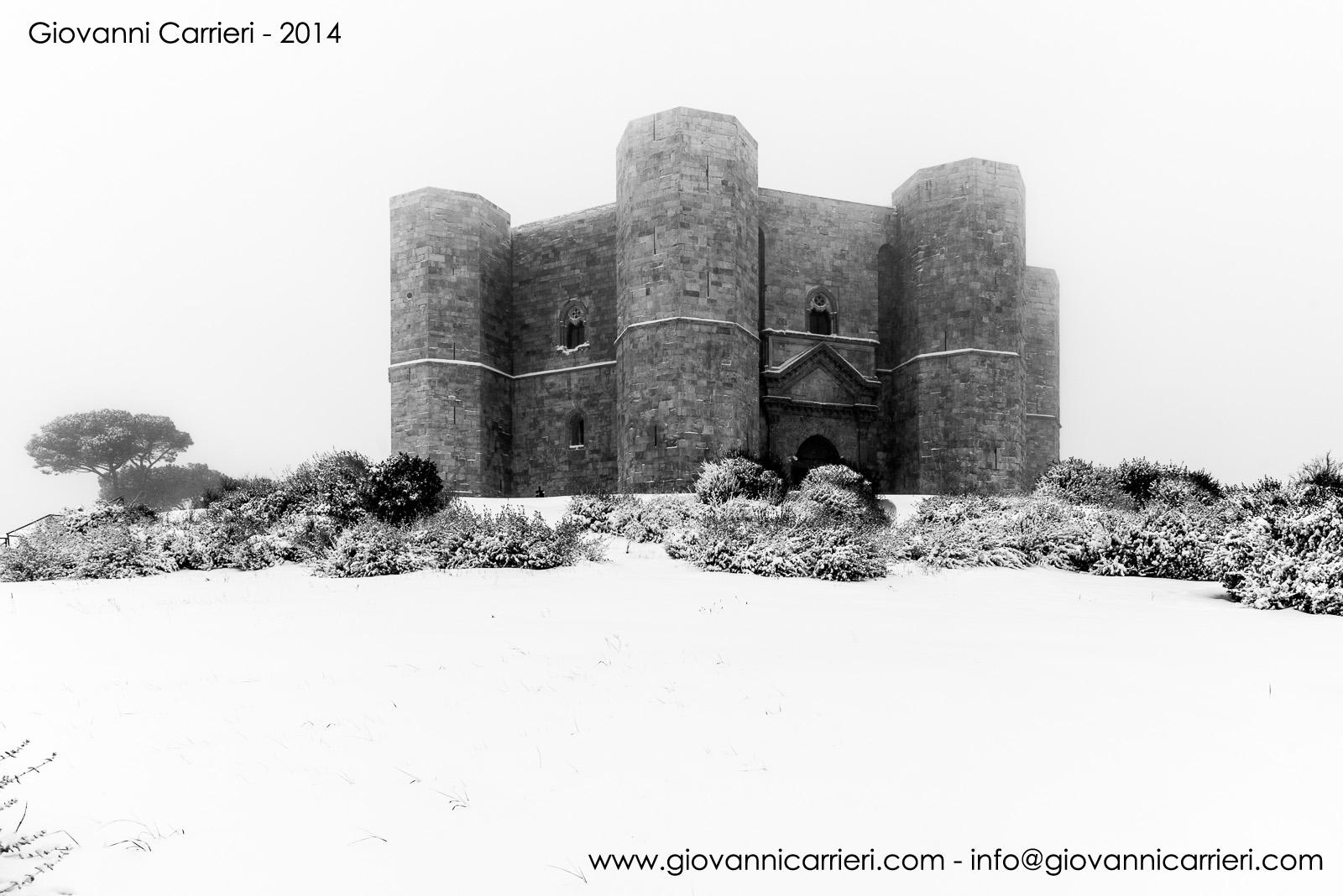 Castel del Monte snowy