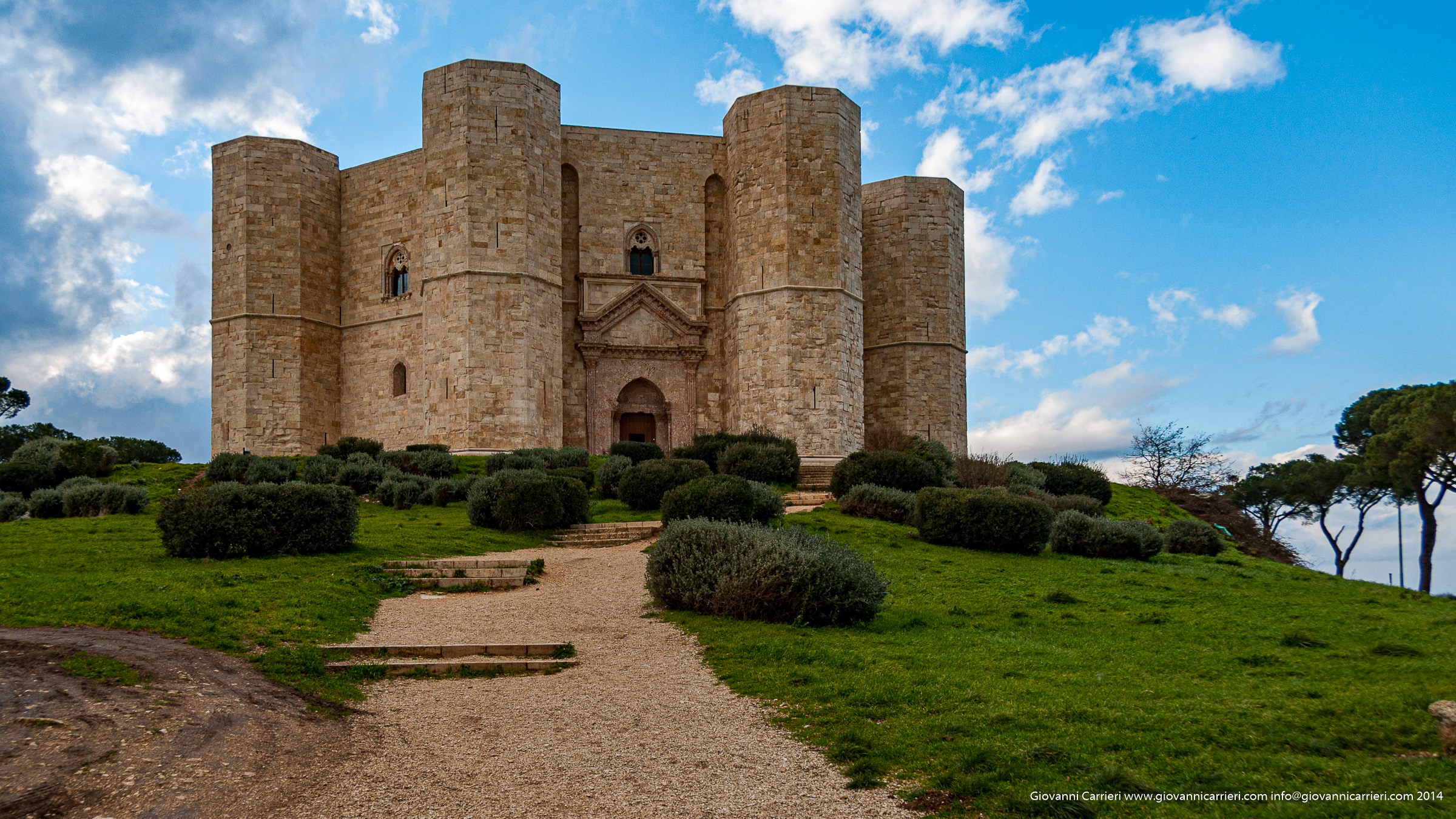 Photographs of Castel del Monte