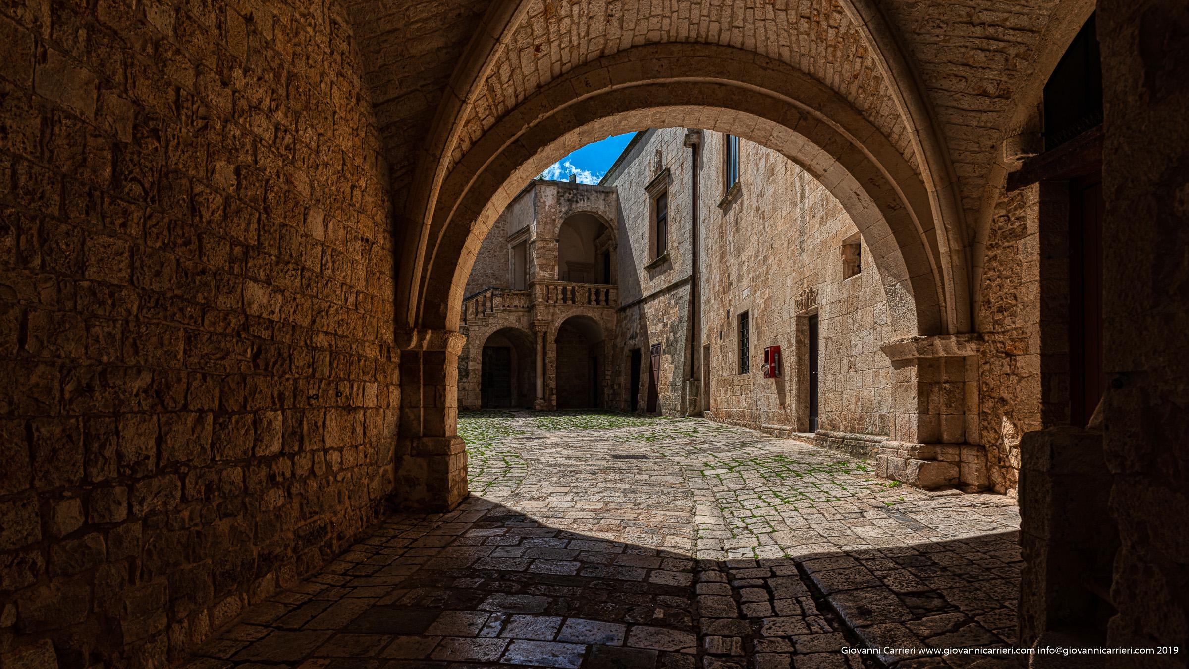 L'ingresso del Castello Ducale