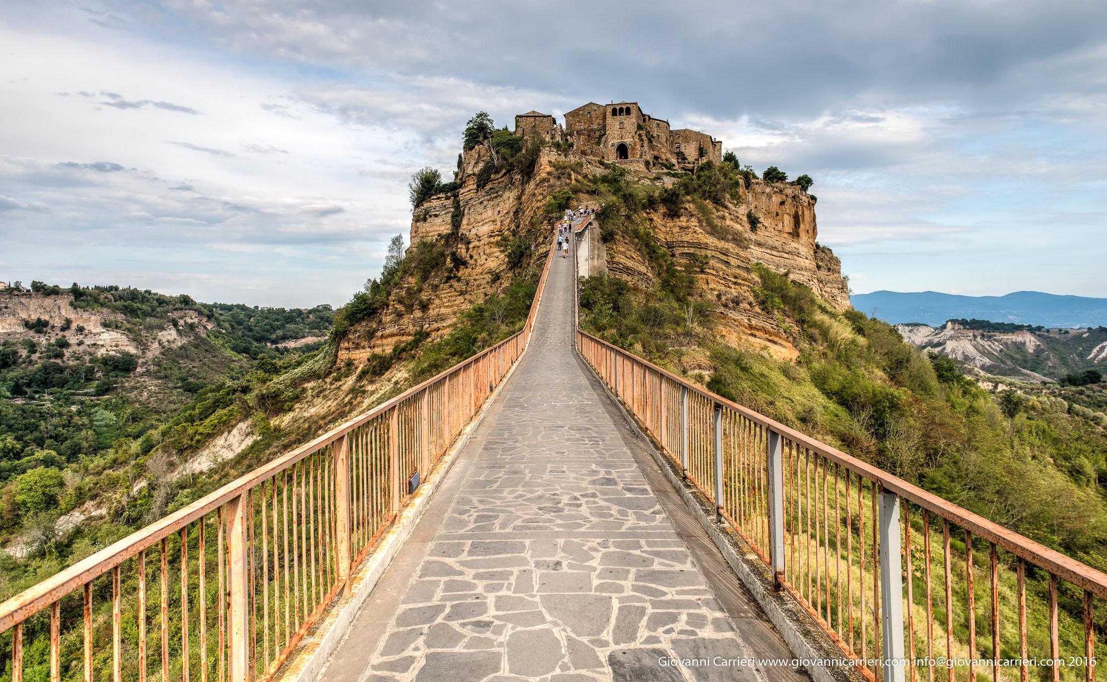 Il ponte per accedere a Civita di Bagnoregio