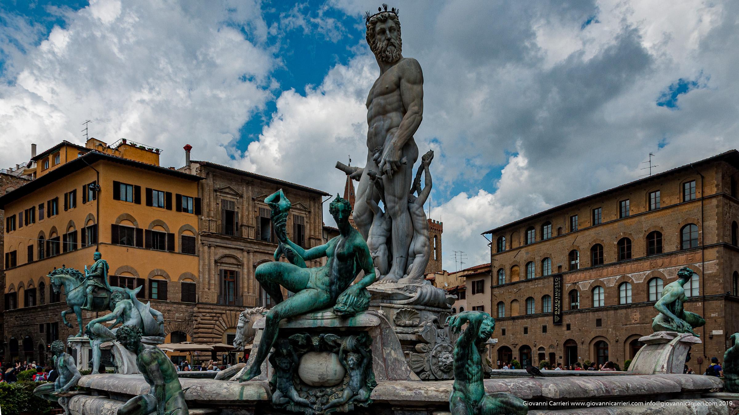 La fontana del Nettuno in piazza della Signoria - Firenze