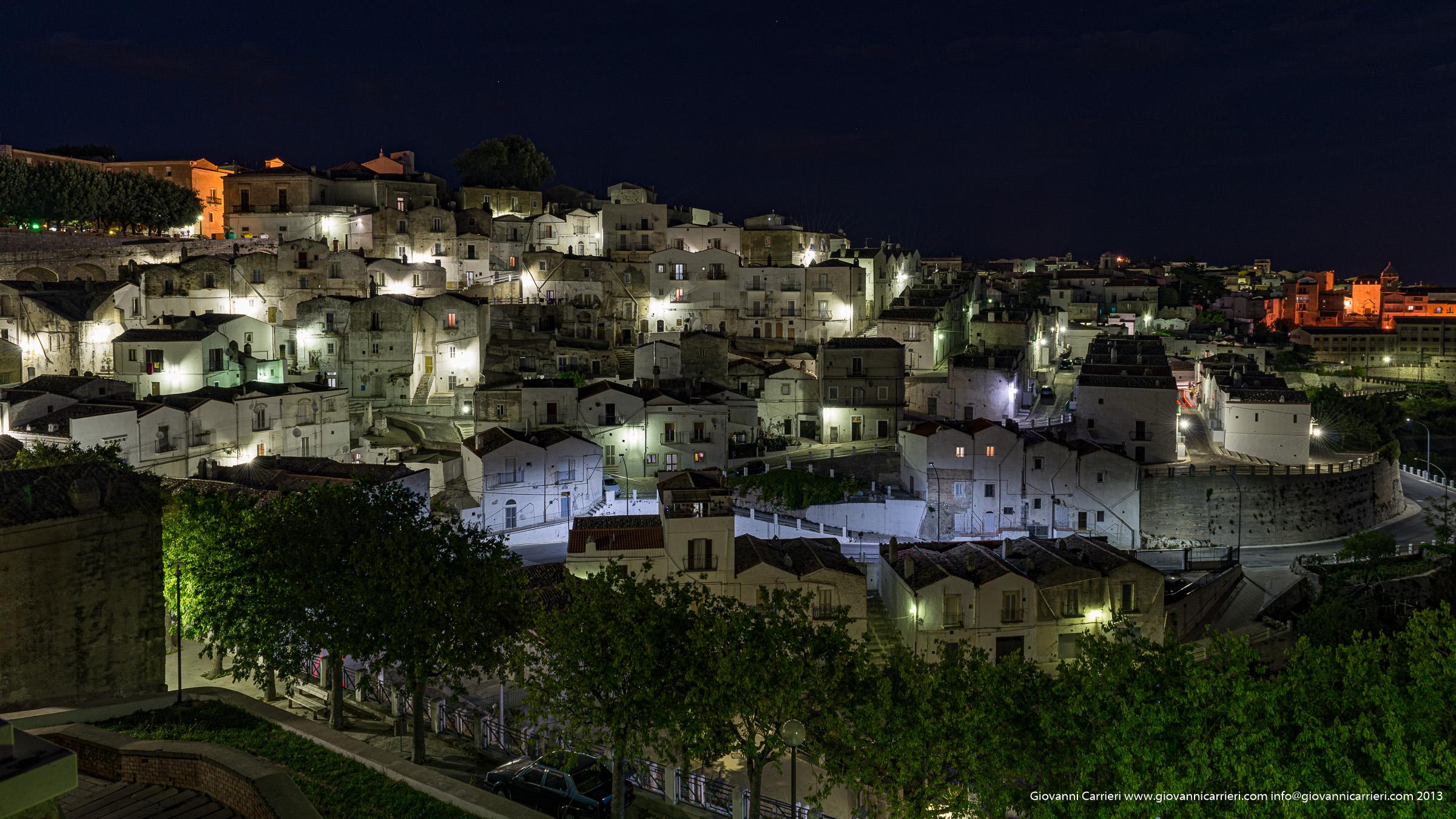 Paesaggio notturno di Monte Sant'Angelo