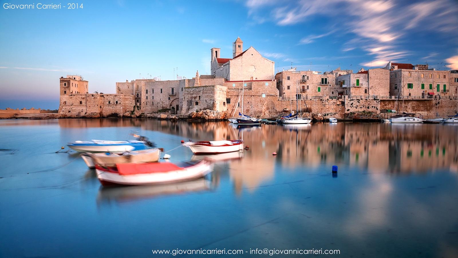 Il porto di Giovinazzo in un tramonto invernale - Puglia