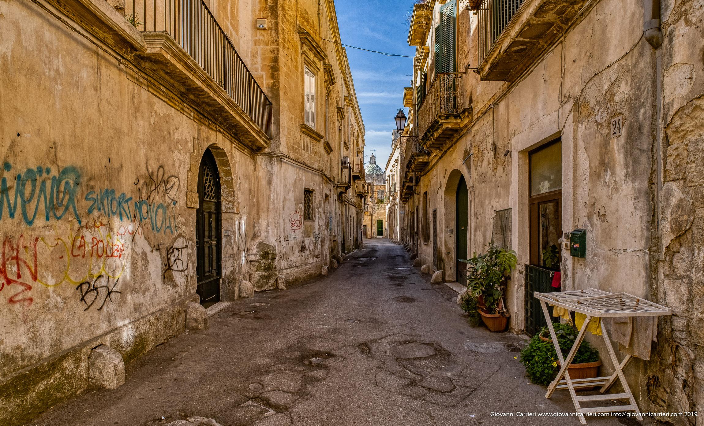 Le strade del centro storico di Lecce