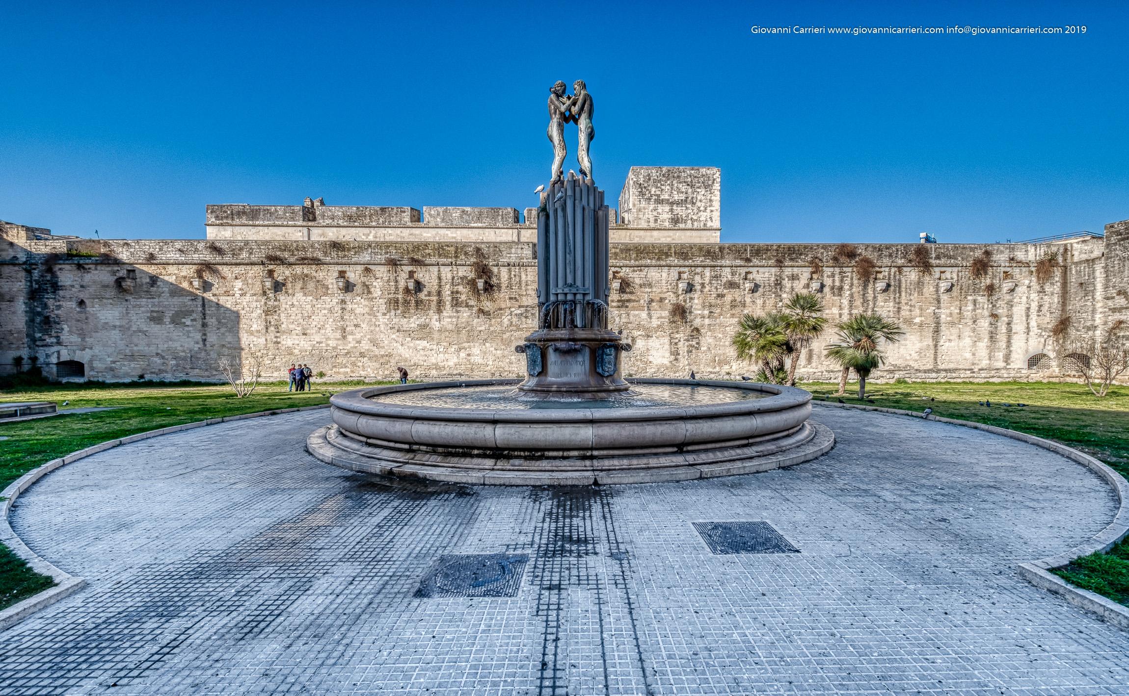 La fontana dell'Armonia per celebrare l'arrivo a Lecce dell'acqua del fiume Sele