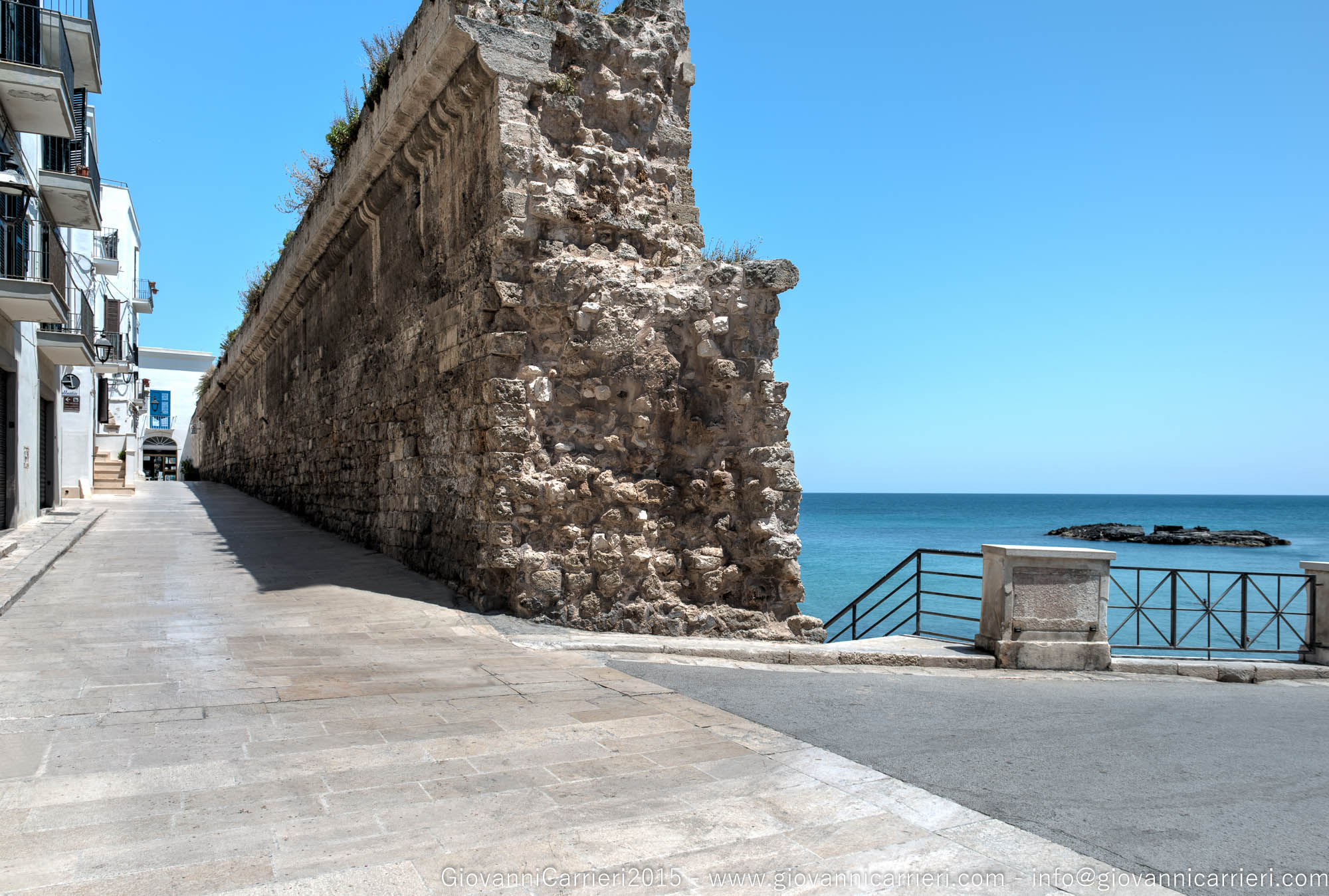 The ancient walls of Monopoli