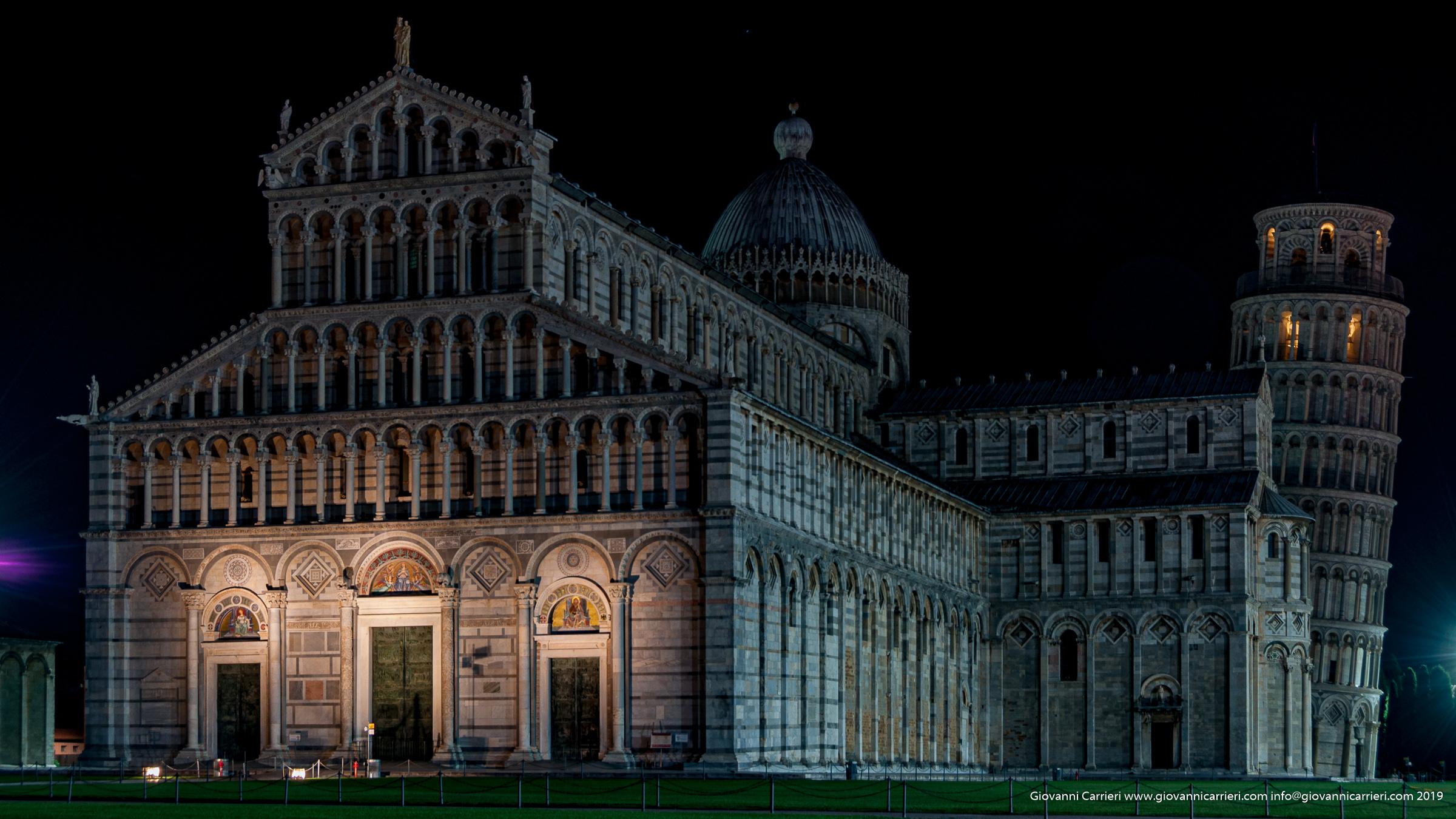 Vista frontale del Duomo di Santa Maria Assunta