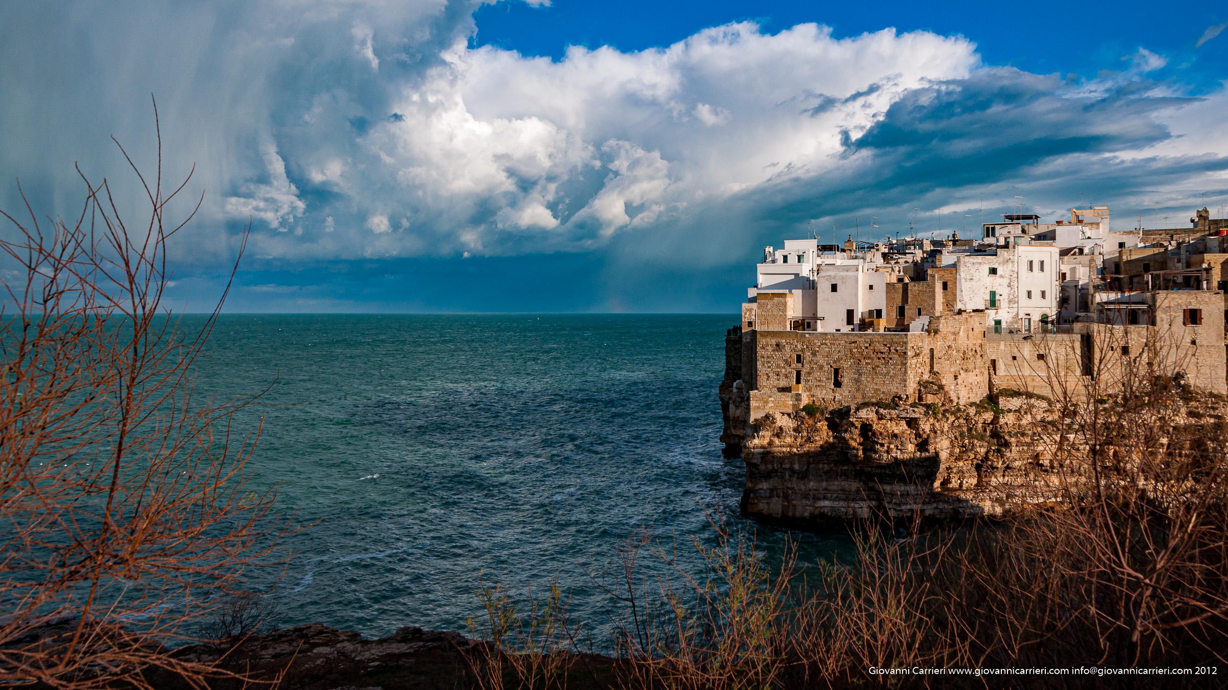 Tempesta su Polignano a mare