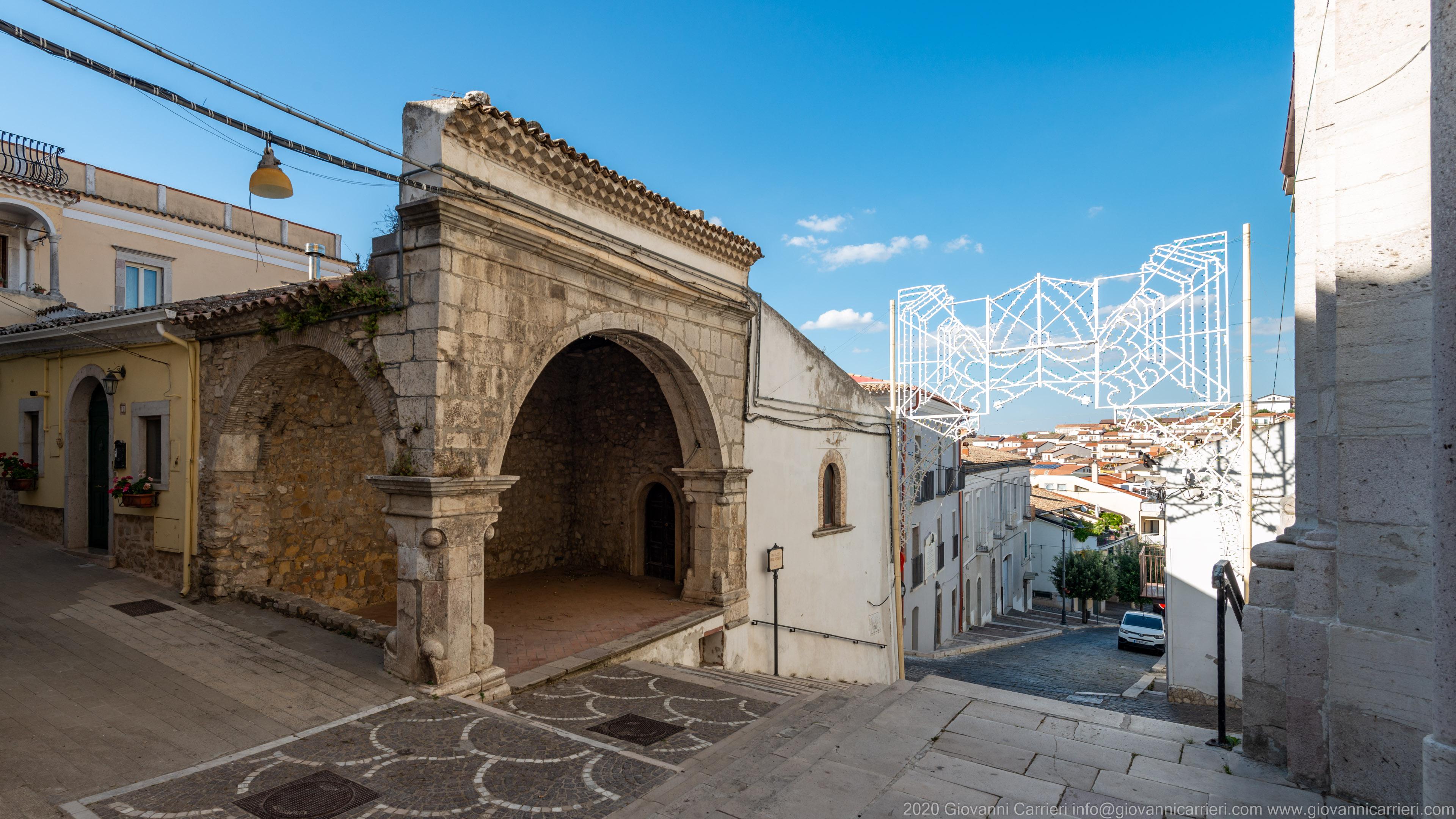 Rocchetta Sant'Antonio L'ingresso al borgo antico di Rocchetta Sant'Antonio