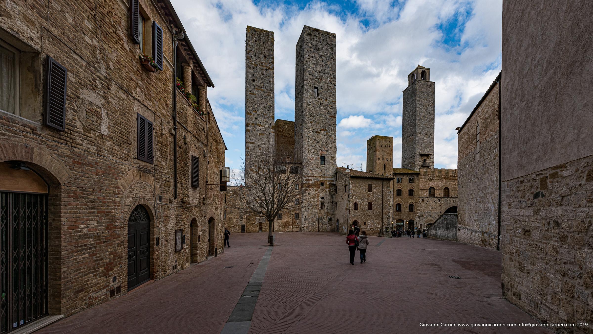 Piazza delle Erbe, San Gimignano