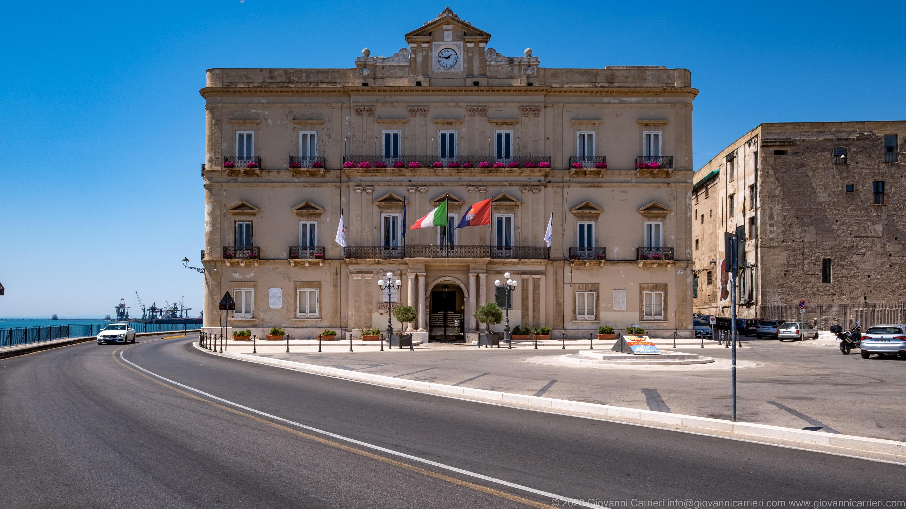 Palazzo di Città Il Palazzo della Città di Taranto, sede dell'amministrazione comunale
