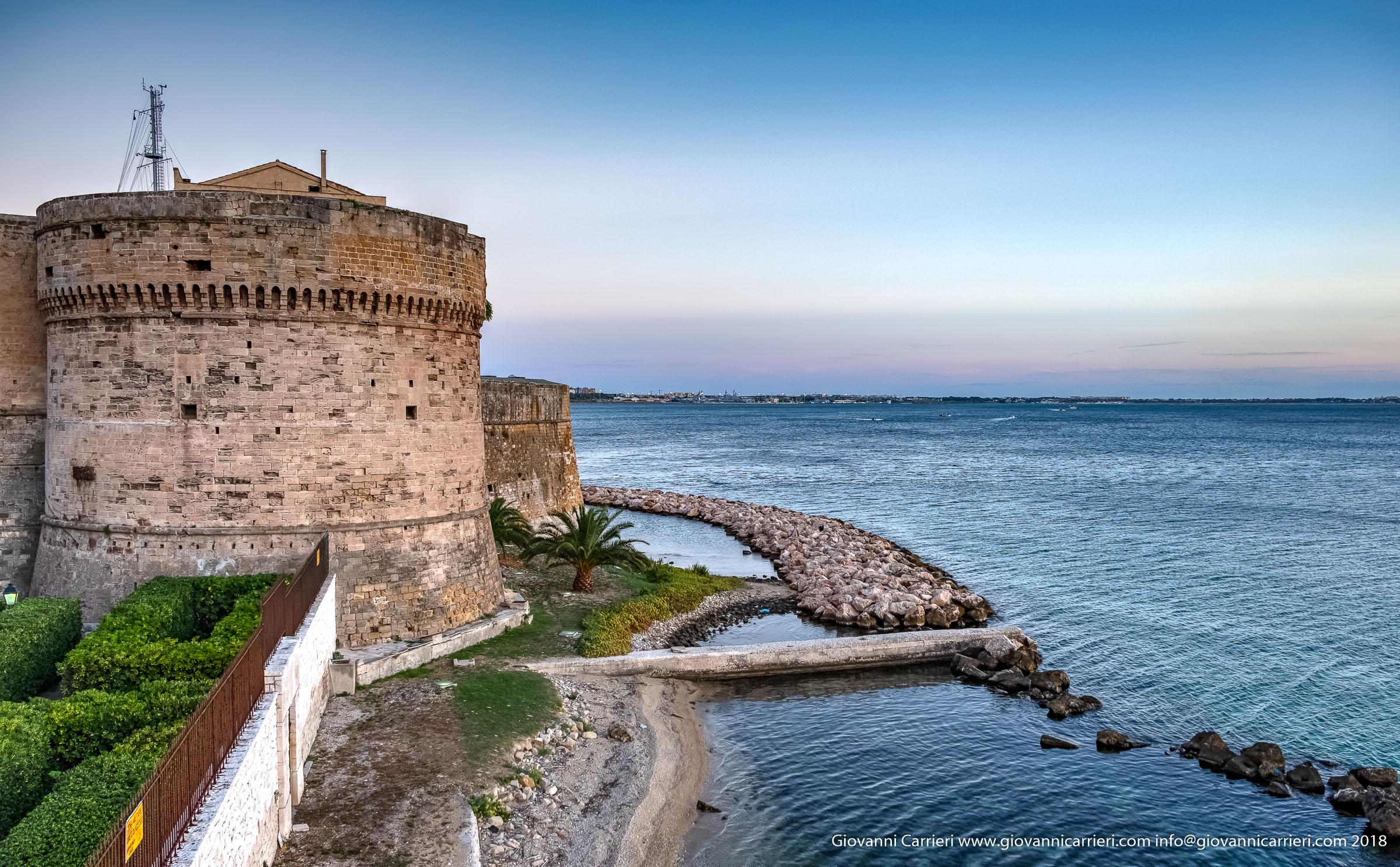 Taranto, Il Castello Aragonese